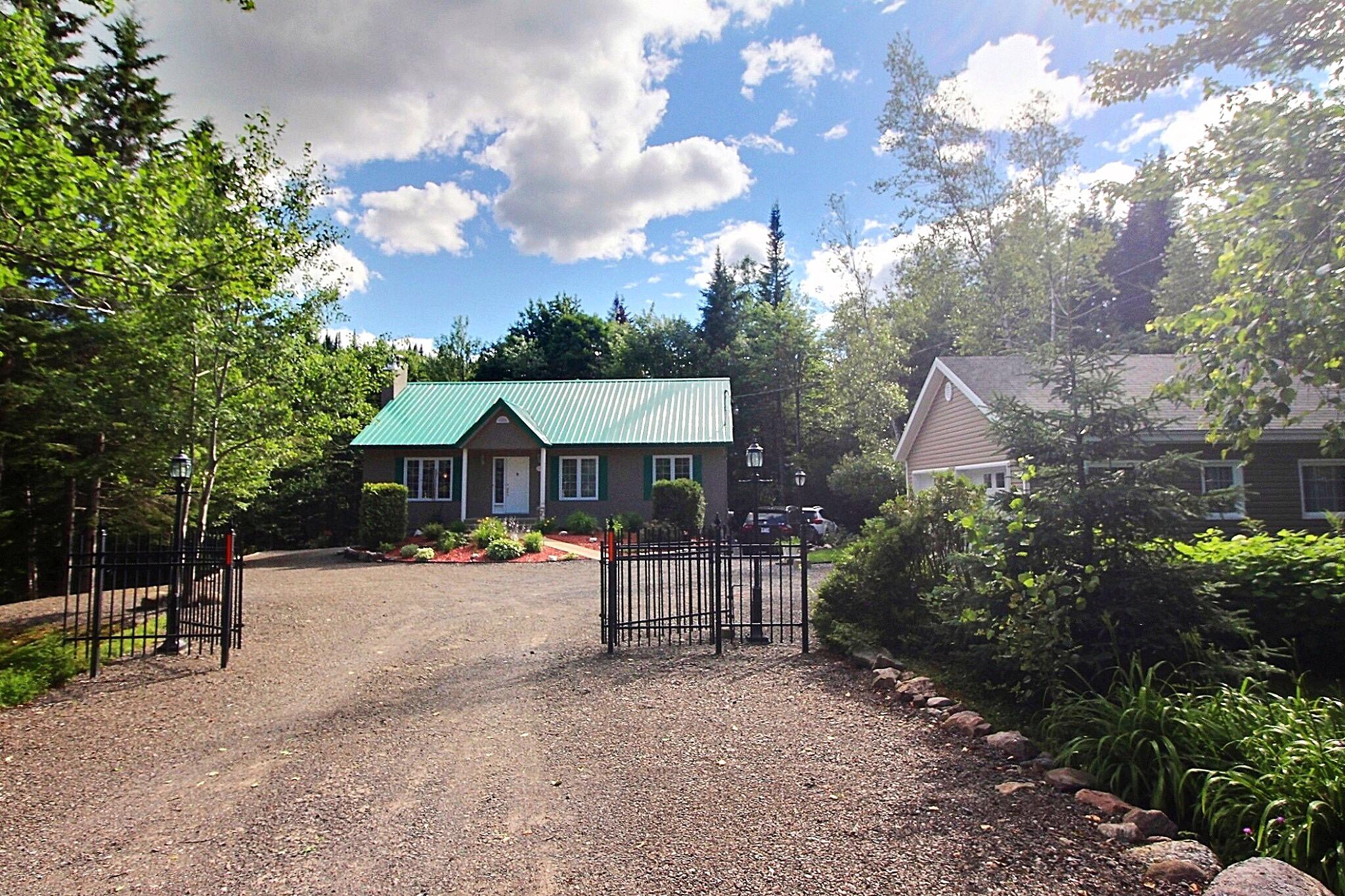 Maison bord de leau a vendre Lac-Beauport Québec David Fafard Courtier immobilier