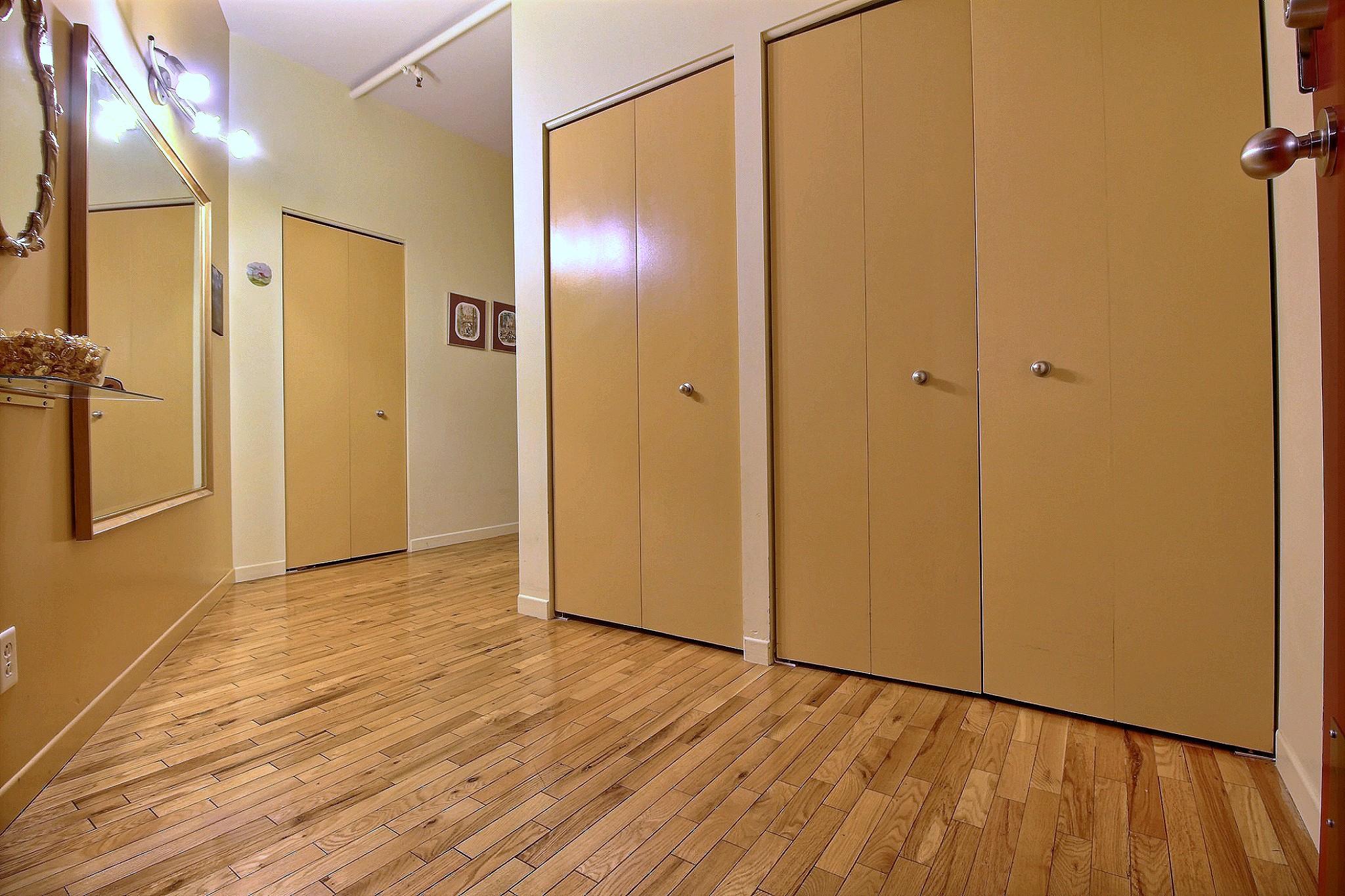 Loft Quebec a vendre 274 rue du parvis unite 304 (9).jpg