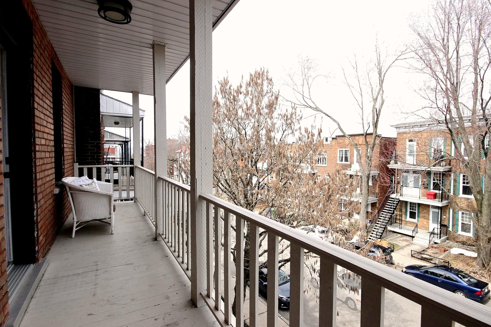 Triplex Montcalm Avenue Murray a vendre david fafard courtier immobilier (4).jpg