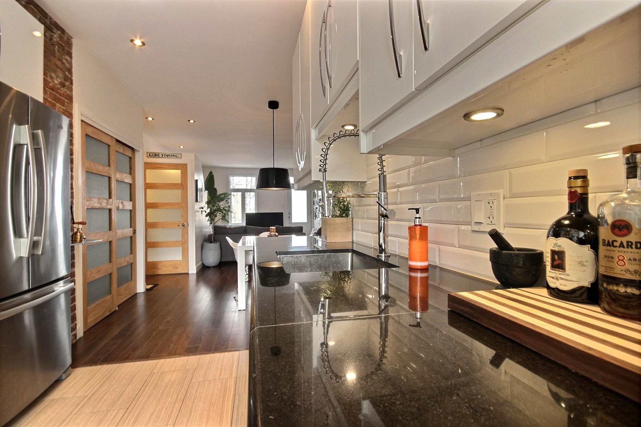 Triplex Montcalm Avenue Murray a vendre david fafard courtier immobilier (13).jpg