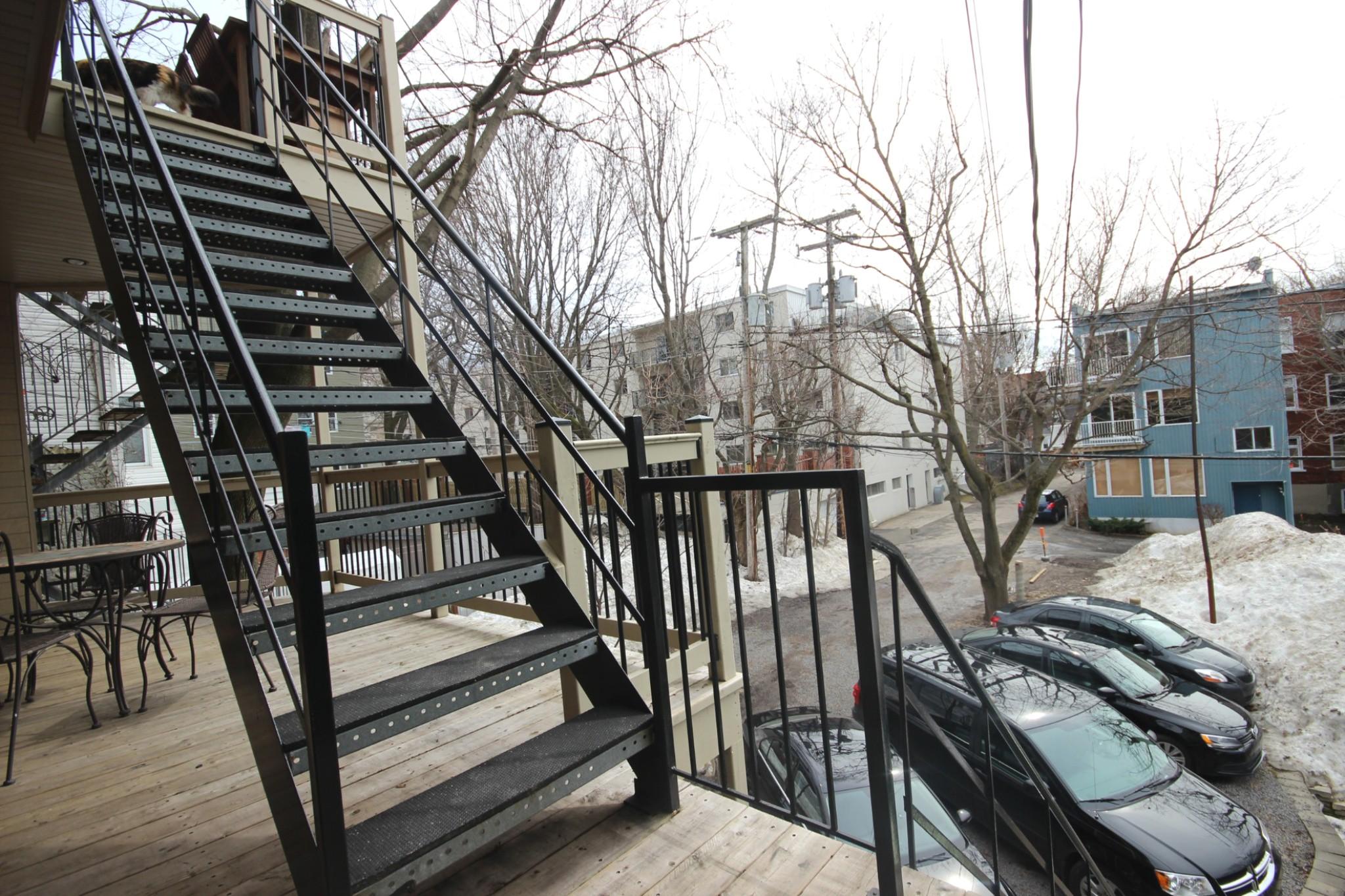 Triplex Montcalm Avenue Murray a vendre david fafard courtier immobilier (15).jpg