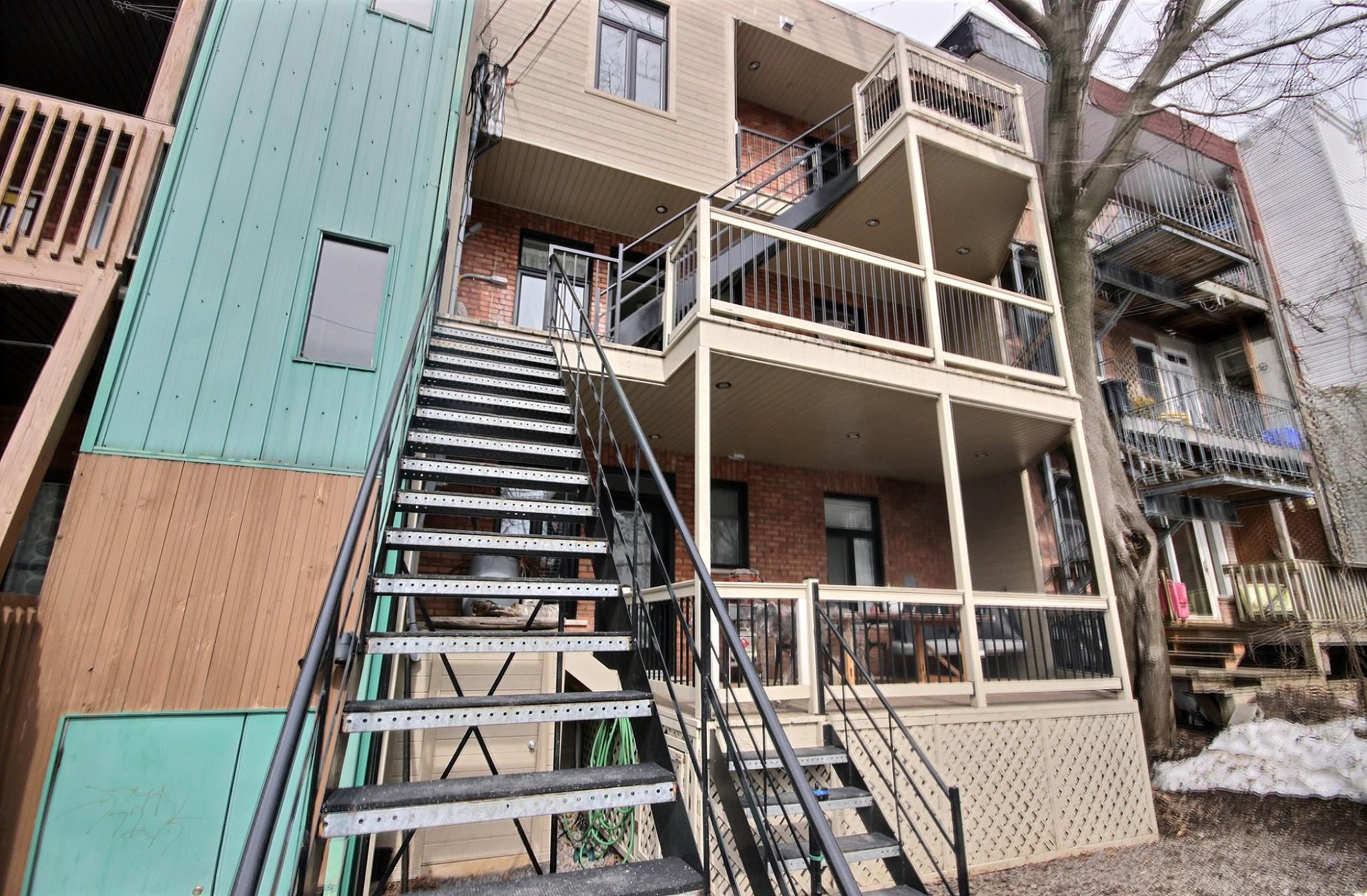 Triplex Montcalm Avenue Murray a vendre david fafard courtier immobilier (19).jpg