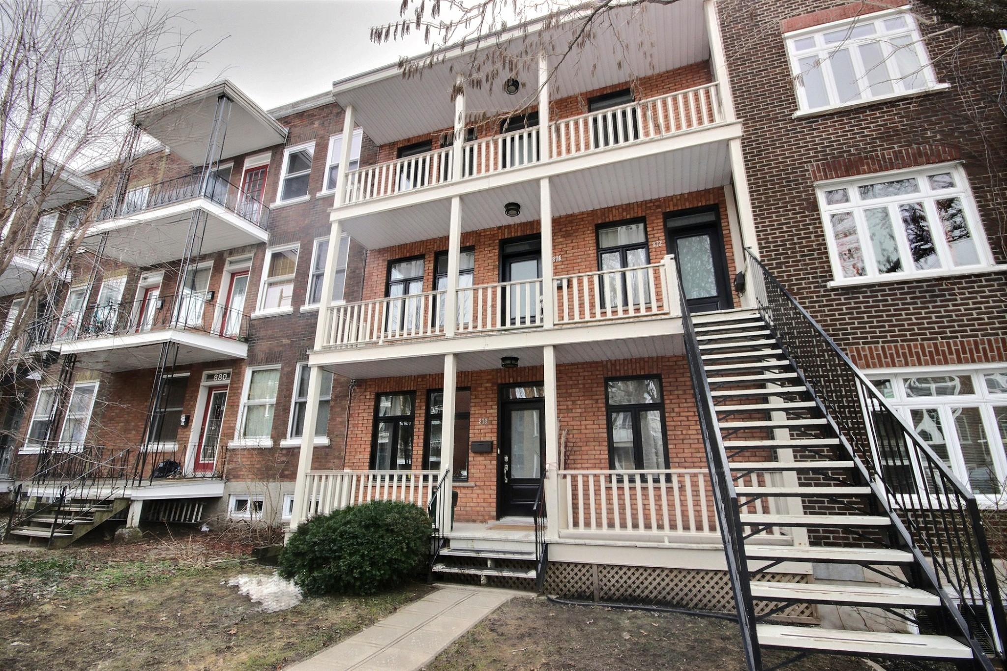 Triplex Montcalm Avenue Murray a vendre david fafard courtier immobilier (30).jpg