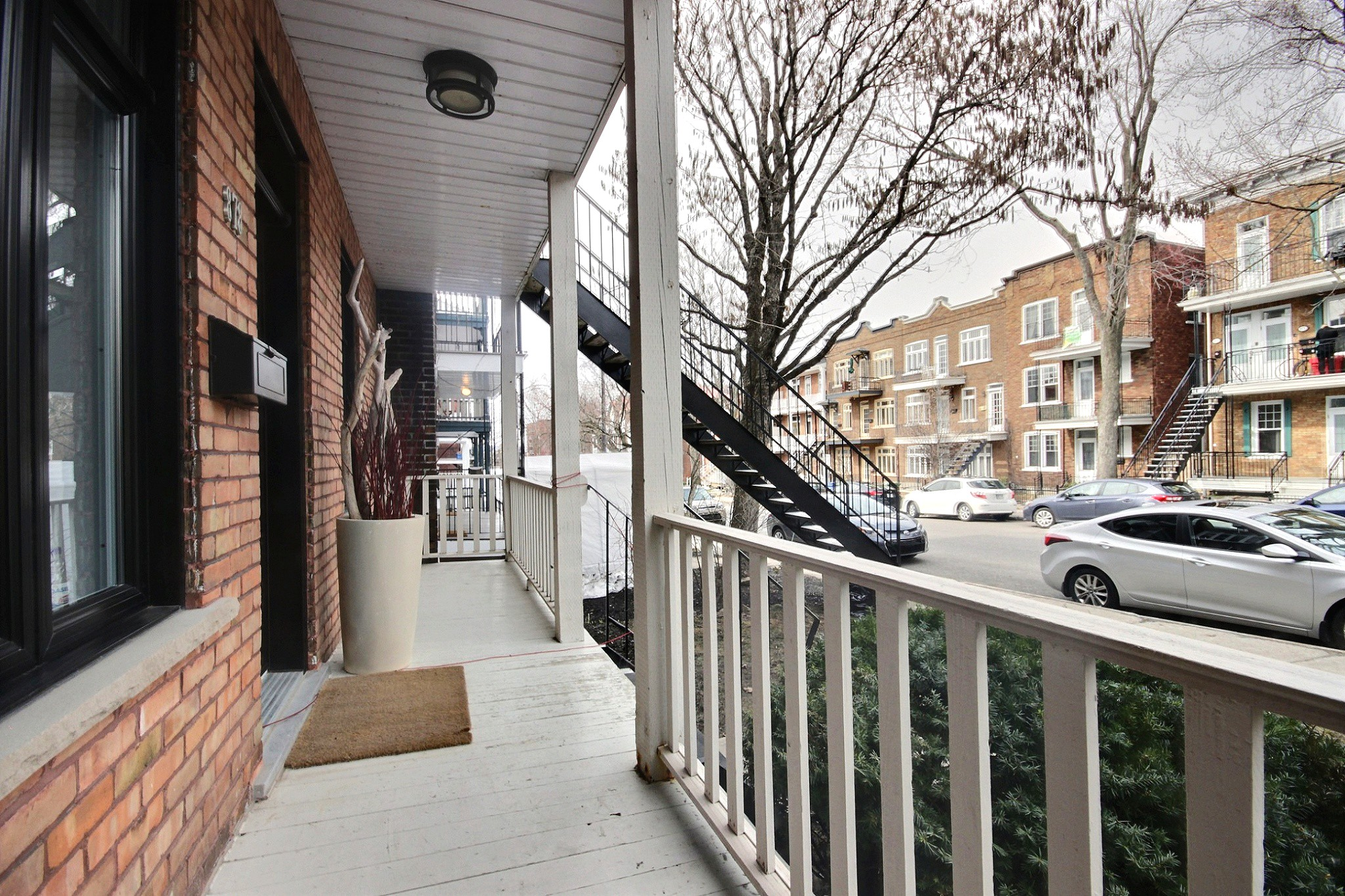 Triplex Montcalm Avenue Murray a vendre david fafard courtier immobilier (35).jpg