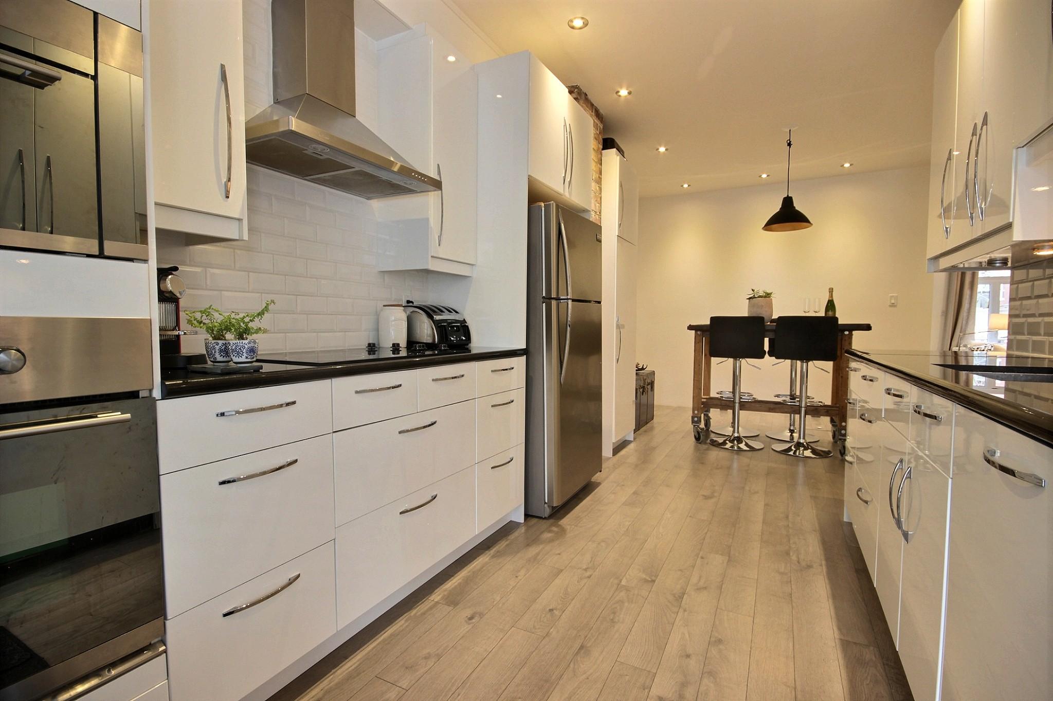 Triplex Montcalm Avenue Murray a vendre david fafard courtier immobilier (47).jpg