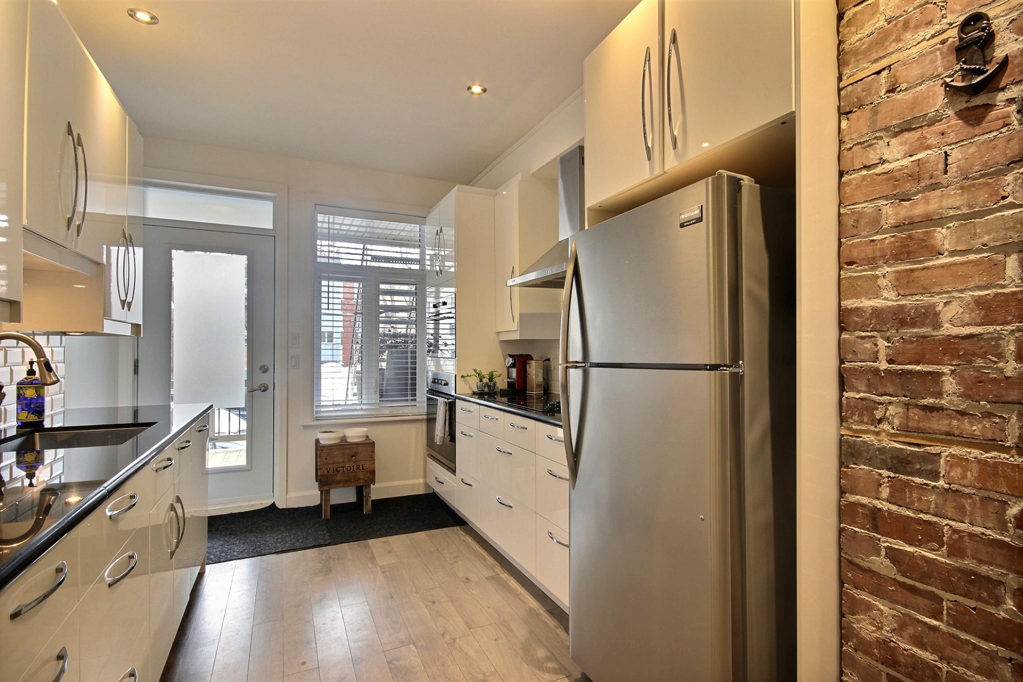 Triplex Montcalm Avenue Murray a vendre david fafard courtier immobilier (46).jpg