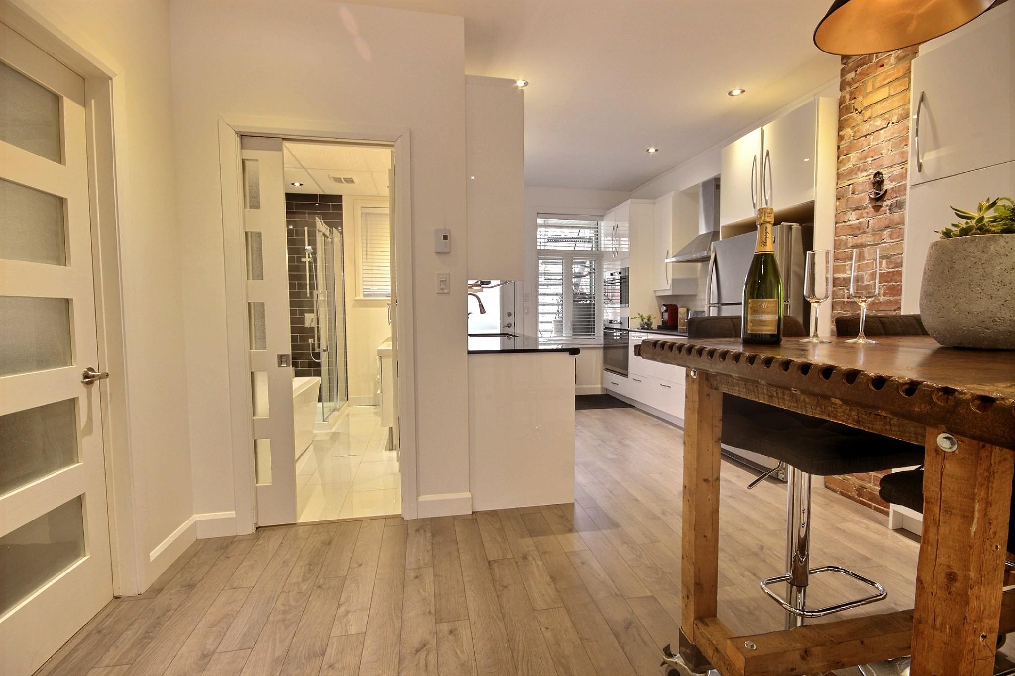 Triplex Montcalm Avenue Murray a vendre david fafard courtier immobilier (48).jpg