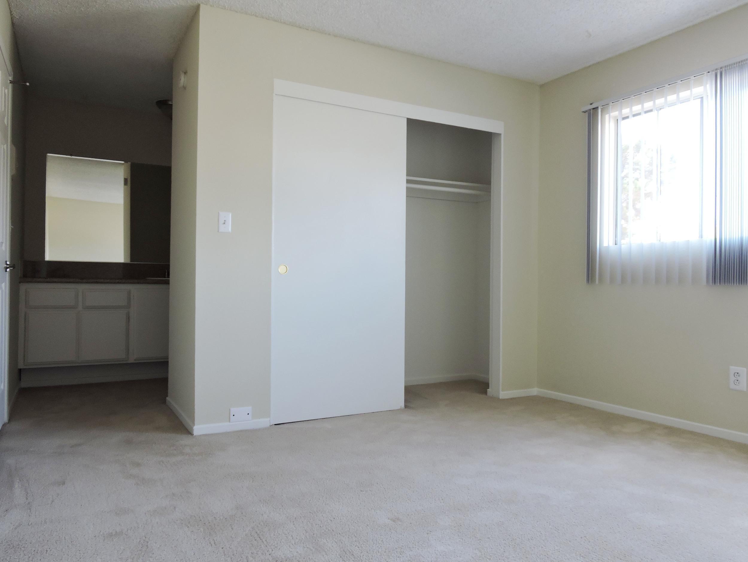 lantana bedroom.jpg
