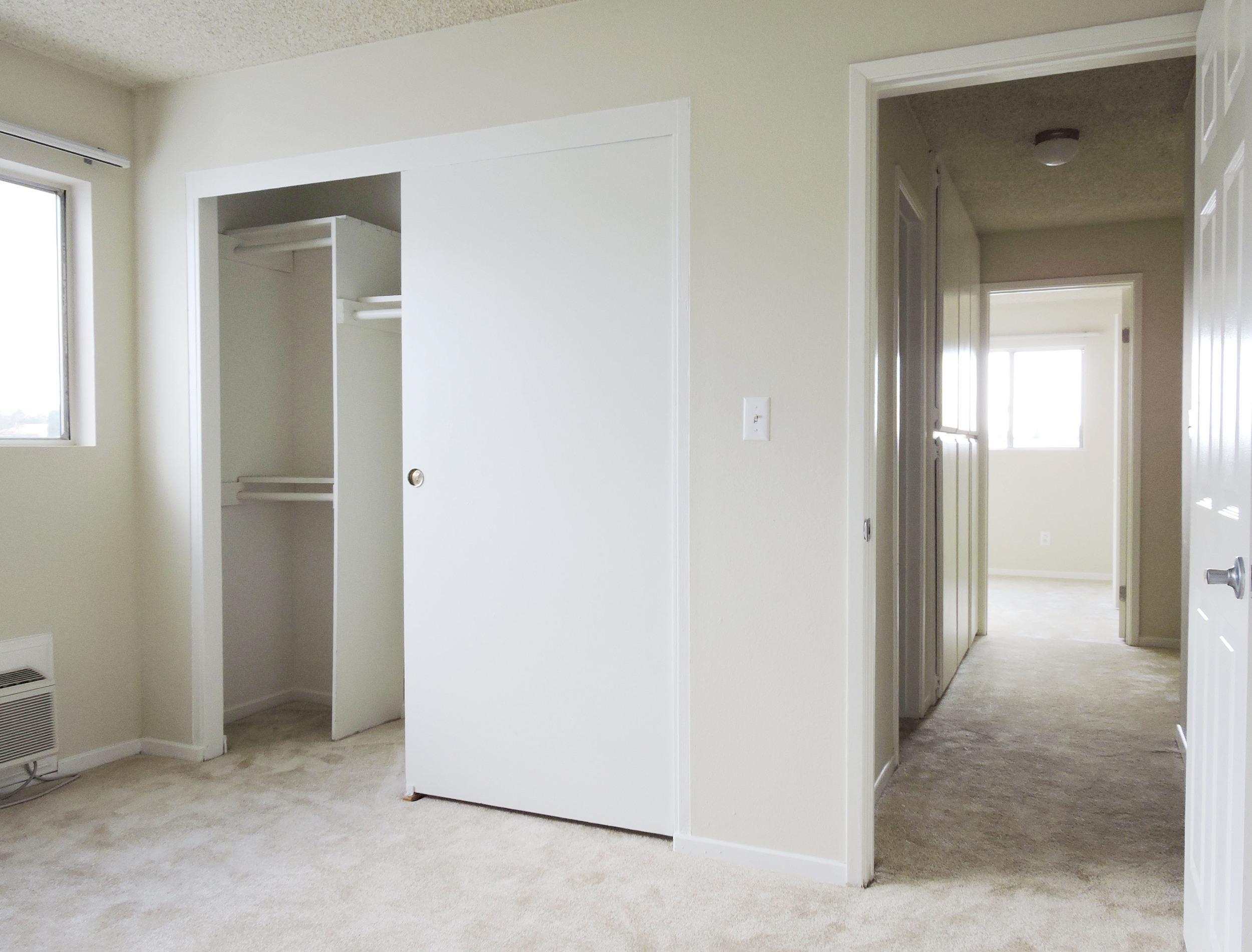 233 bedroom layout.jpg