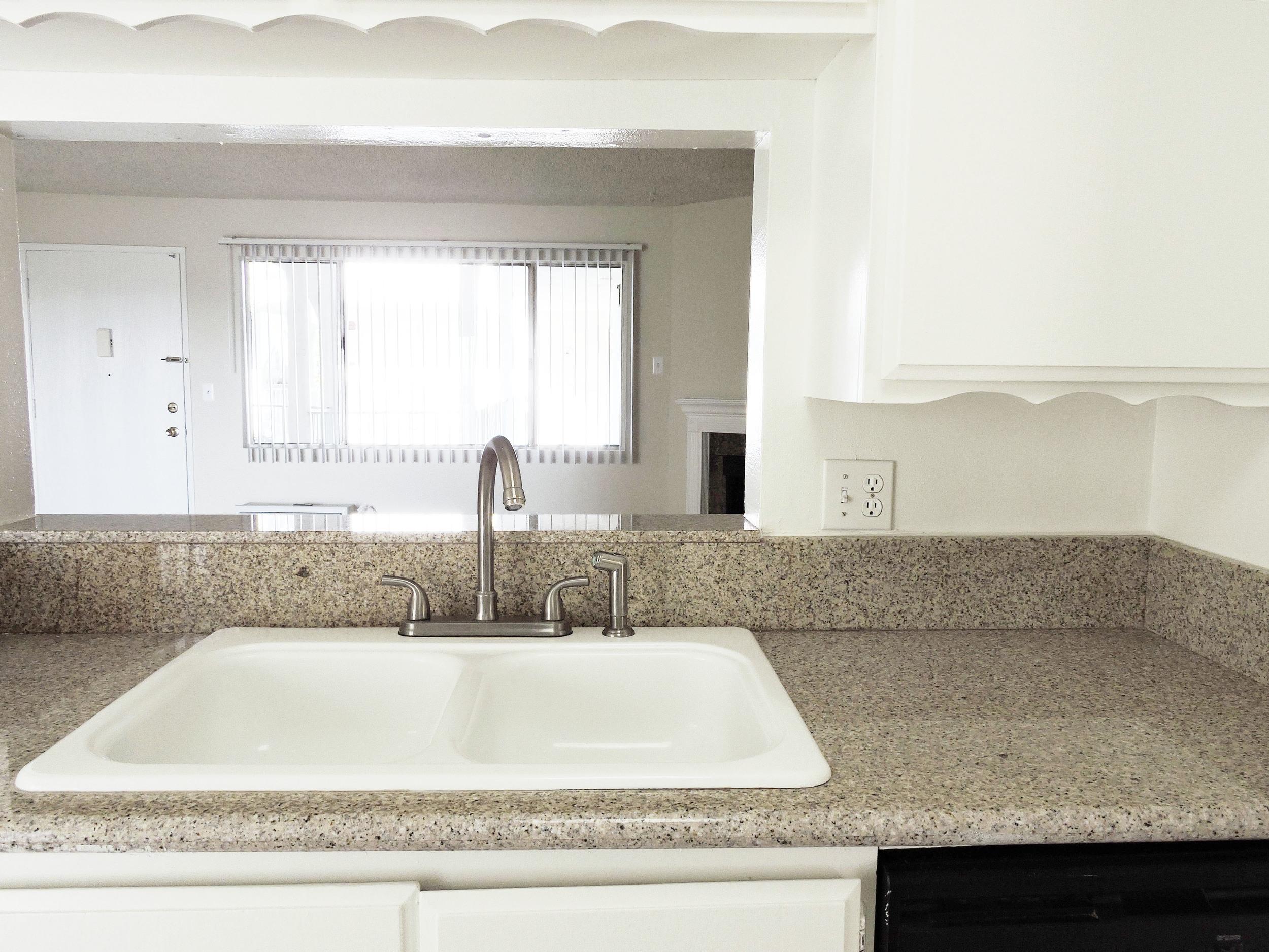 233 kitchen layout.jpg