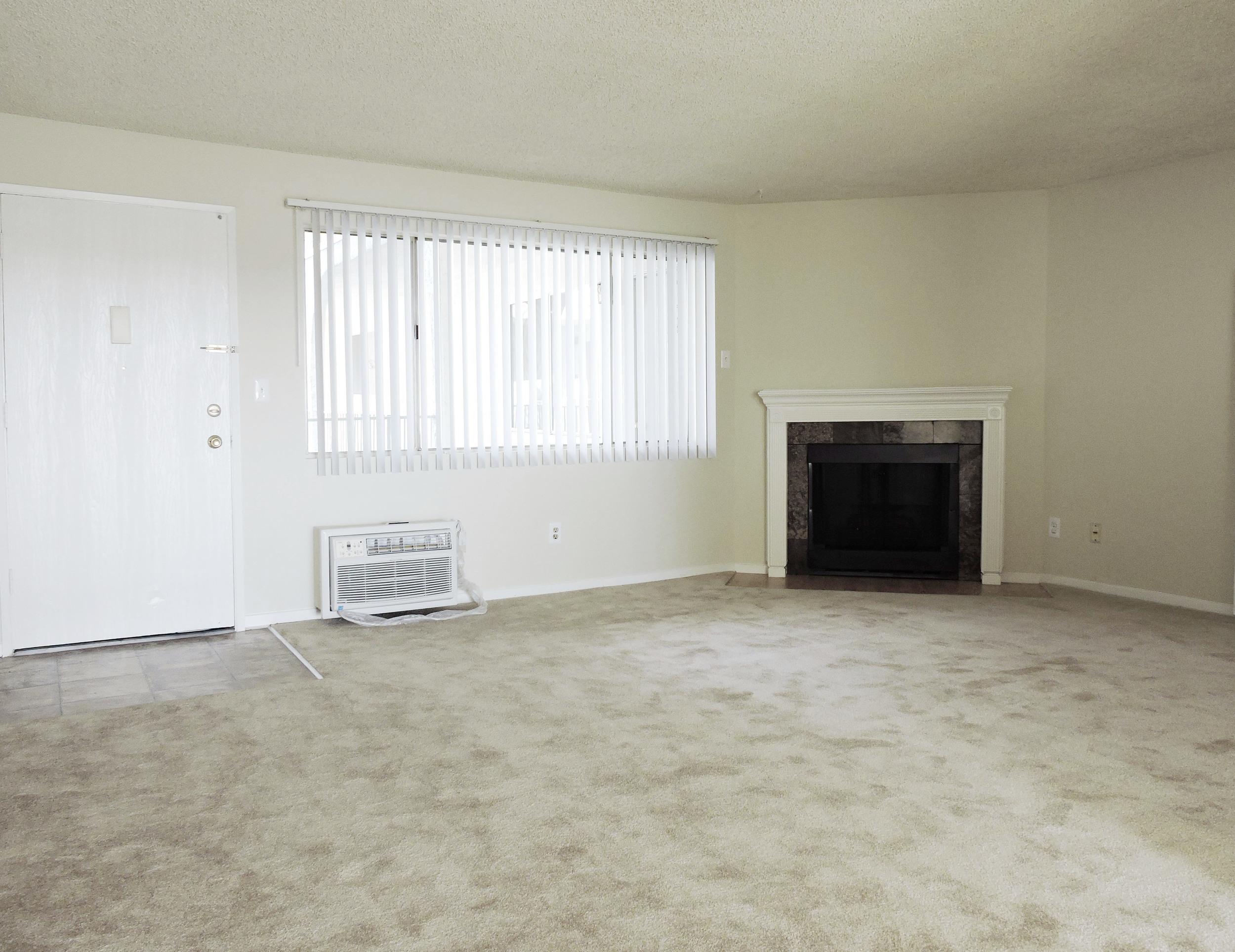 233 living room2.jpg