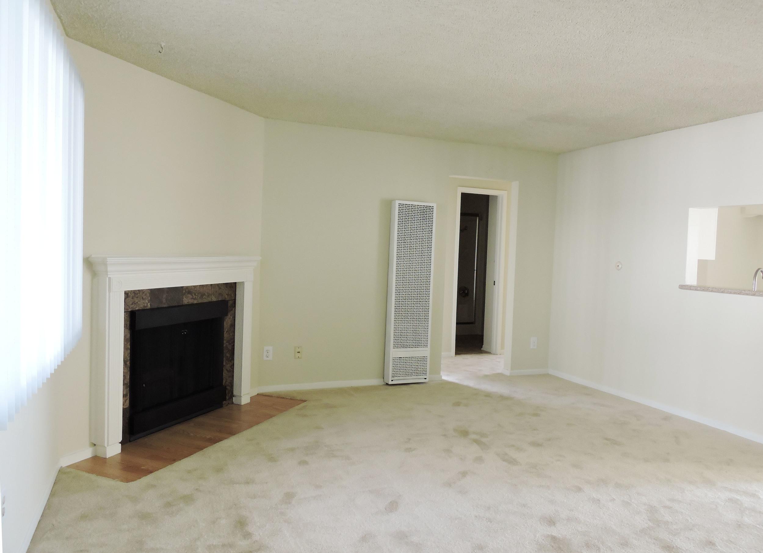 233 living room4.jpg