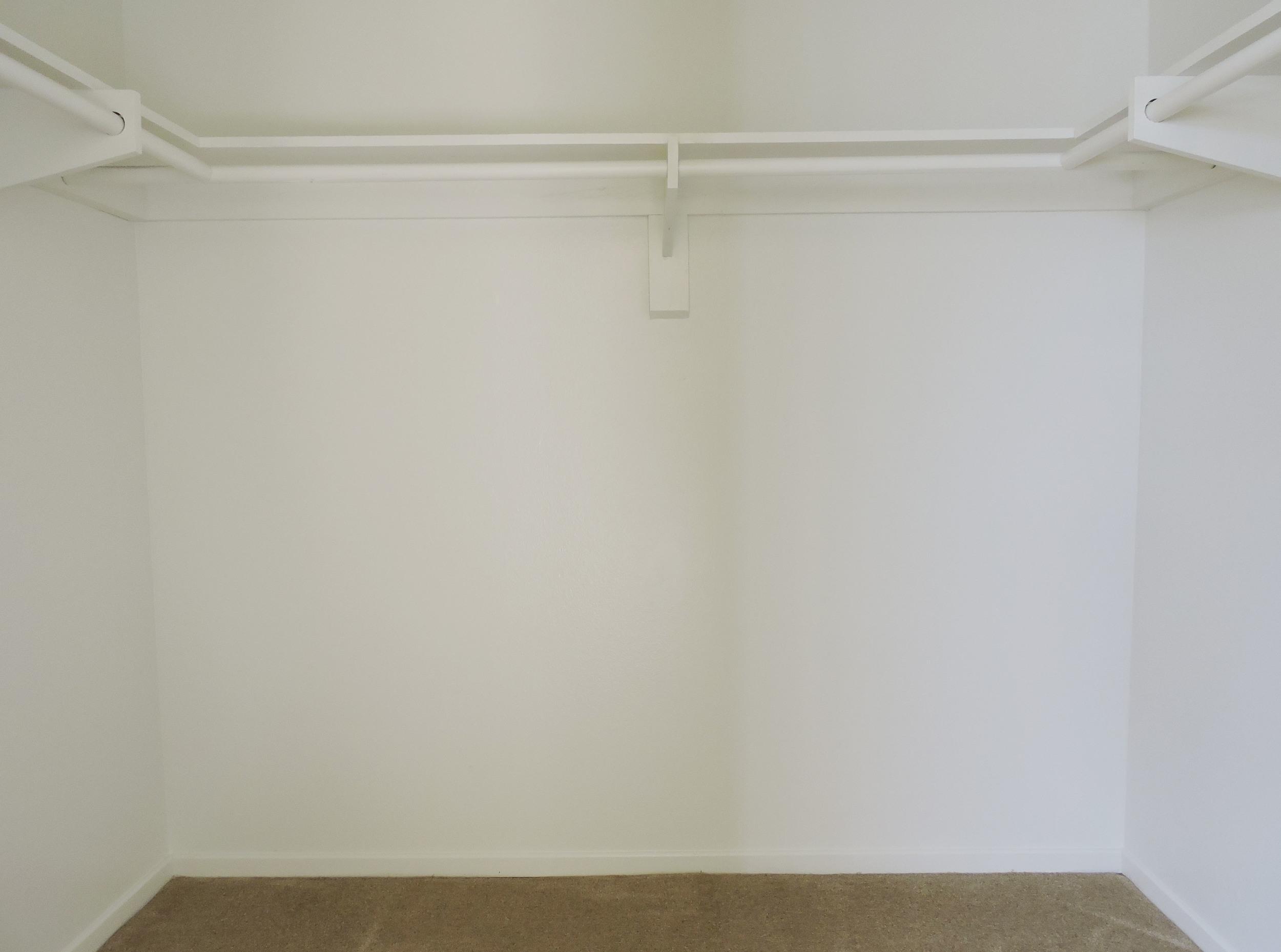 233 walk in closet 2nd bedroom.jpg