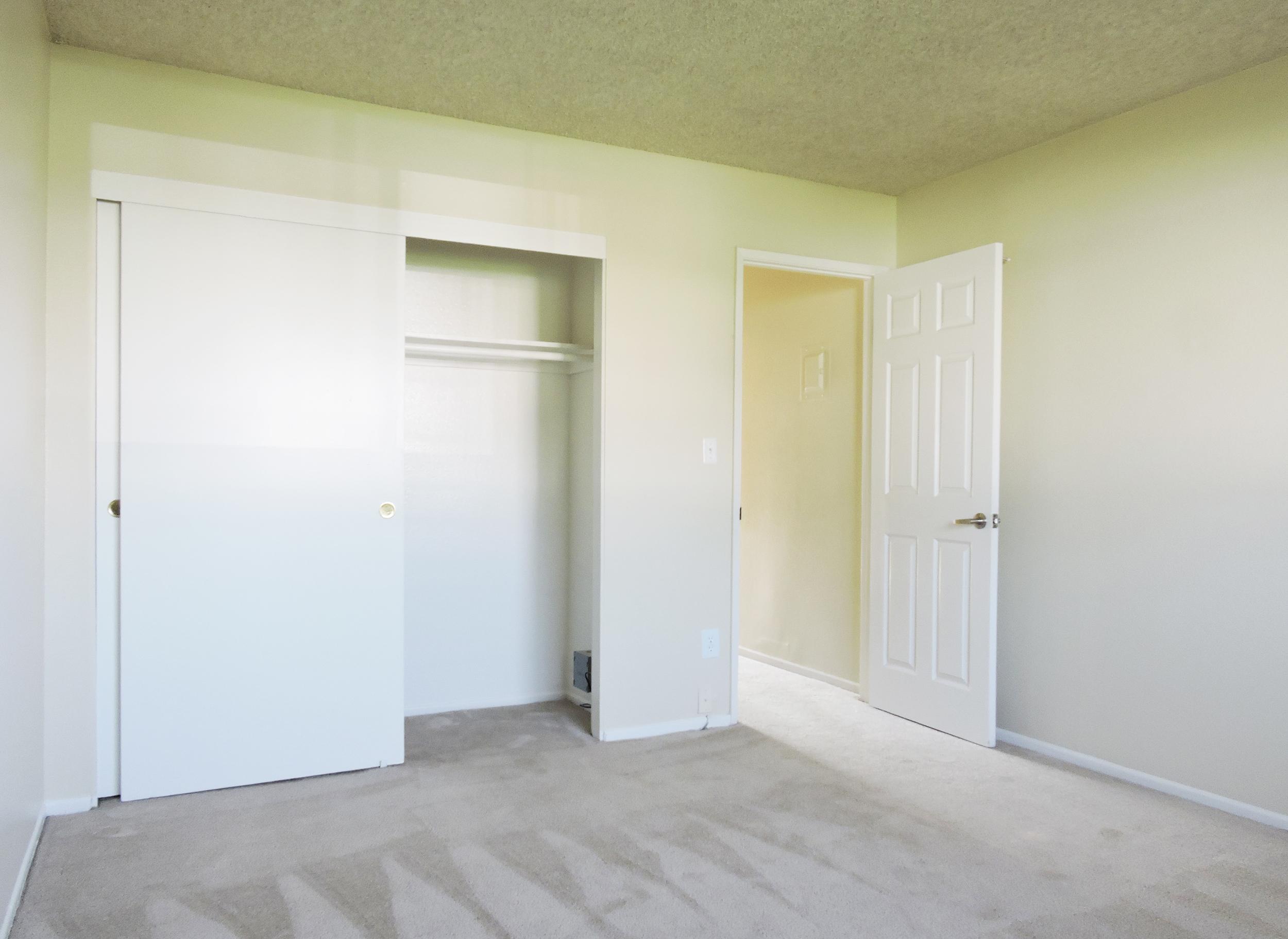 daisy bedroom.jpg