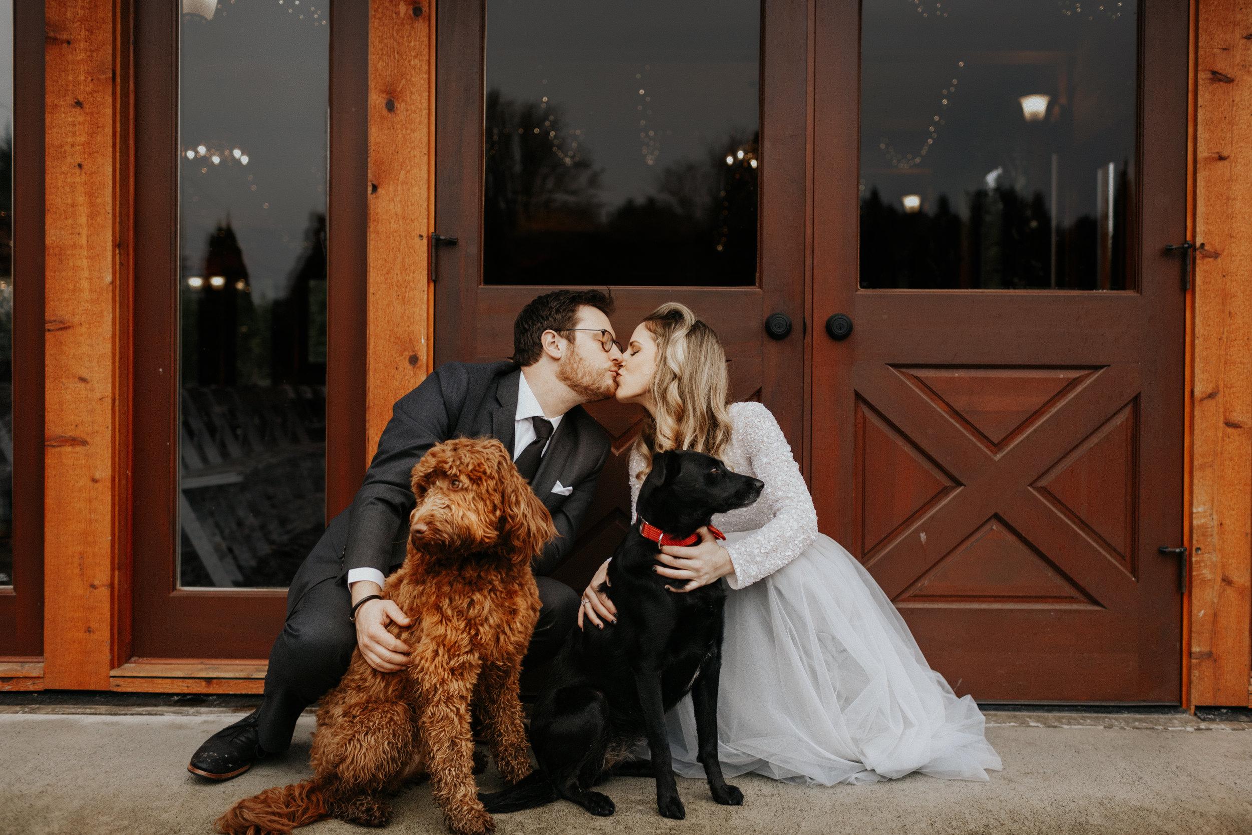 ginapaulson-courtnyandryan-wedding-258.jpg