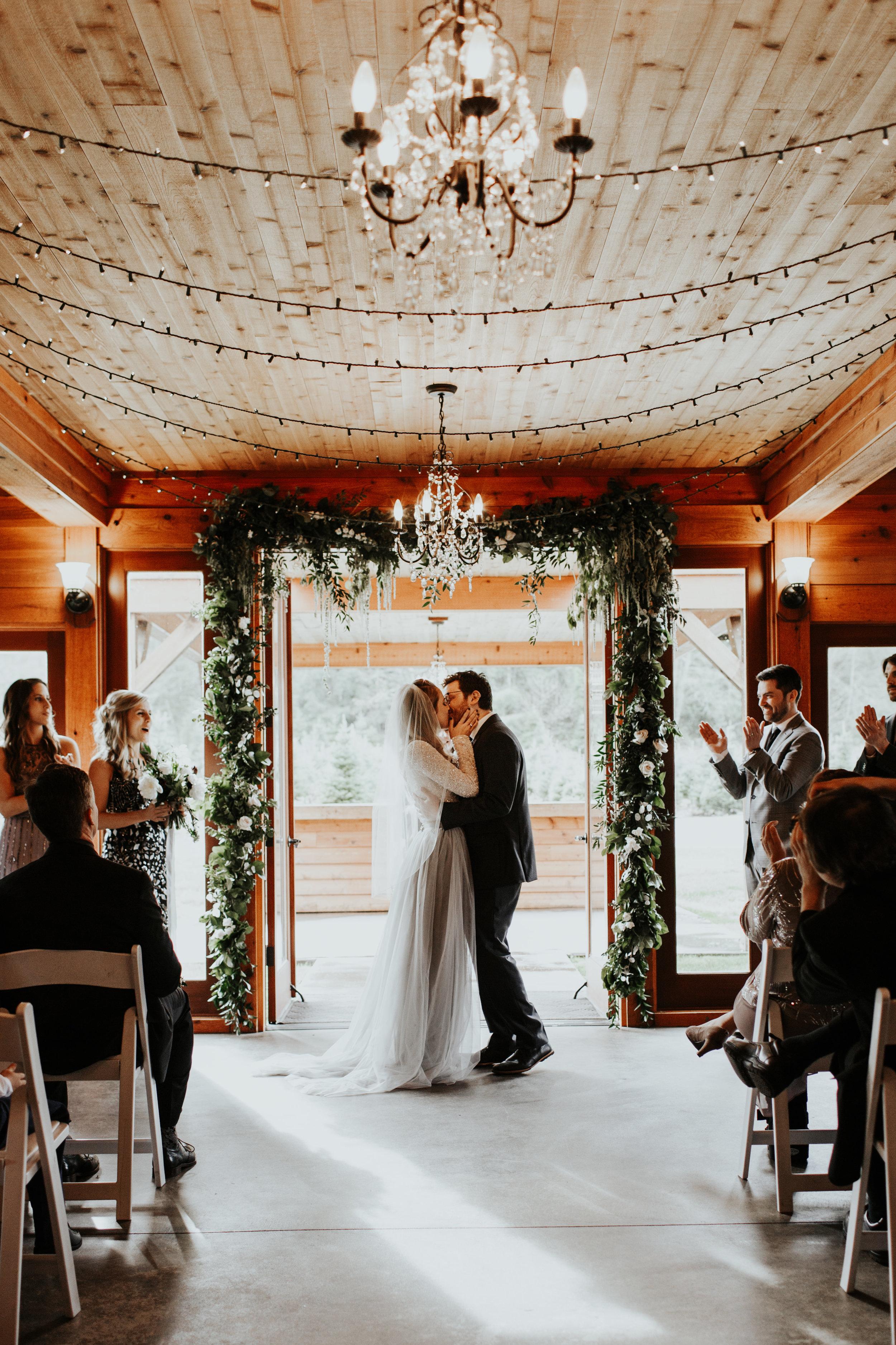 ginapaulson-courtnyandryan-wedding-675.jpg