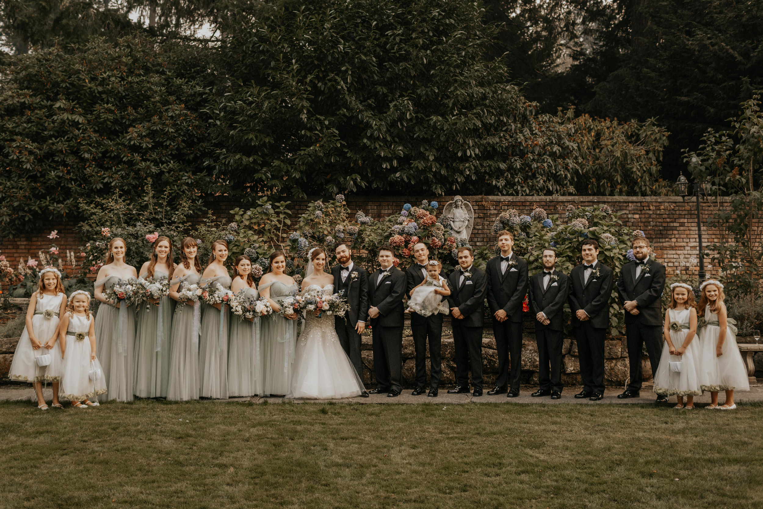 ginapaulson_averyjoey_wedding (790 of 1511).jpg