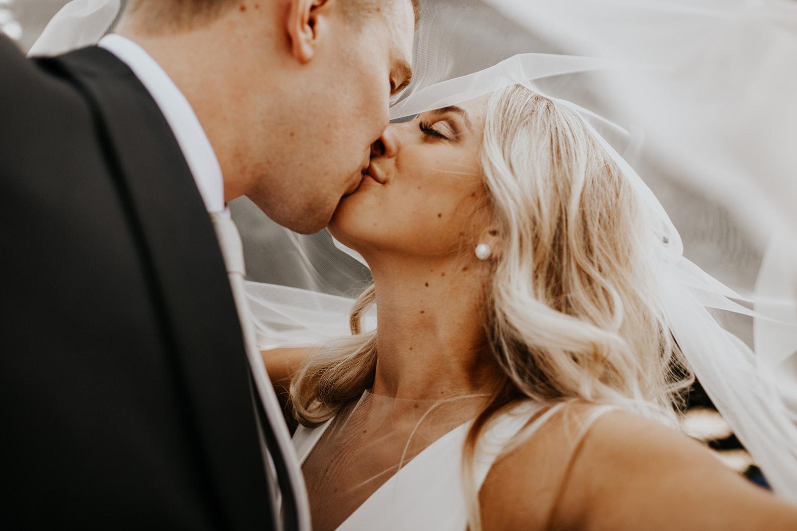 ginapaulson_larabryce_wedding-160.jpg