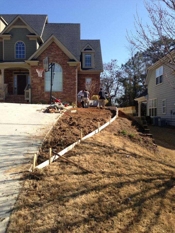 north-creek-residental-construction-general-contractors-atlanta-georgia-creating-driveway-space.jpg