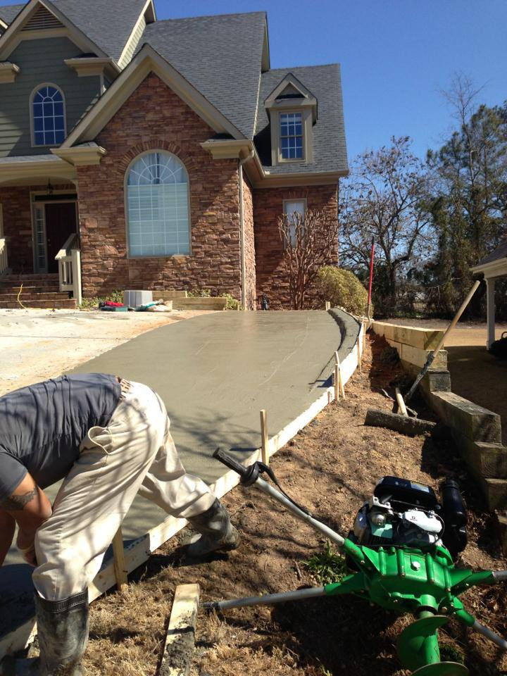 north-creek-residental-construction-general-contractors-atlanta-georgia-creating-driveway-space-2.jpg