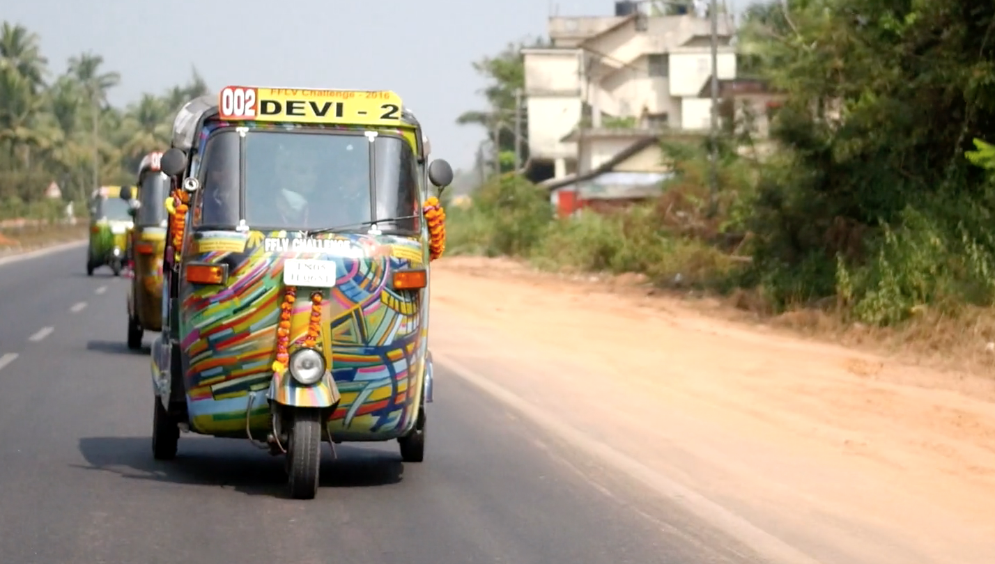 Each day the drive in the TukTuks varied between 100km and 300km with a top speed of 40km an hour