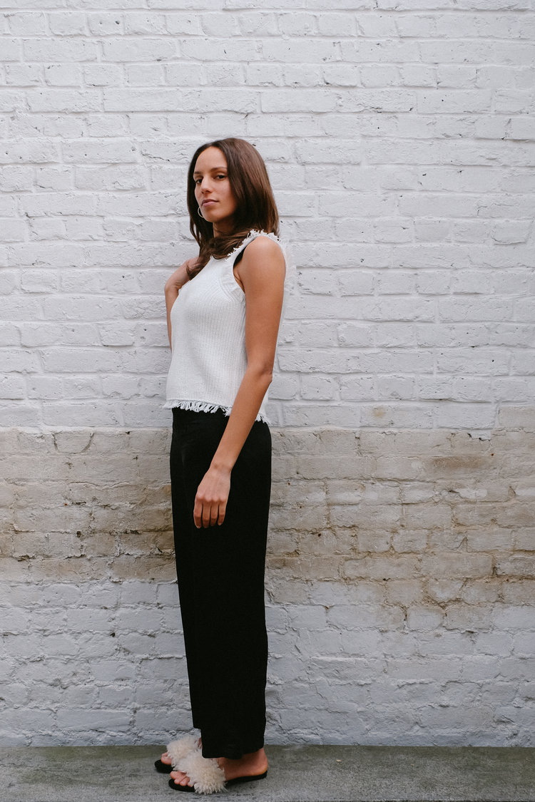Leah wears: Athena sweater tank + own pant | SHOP HERE