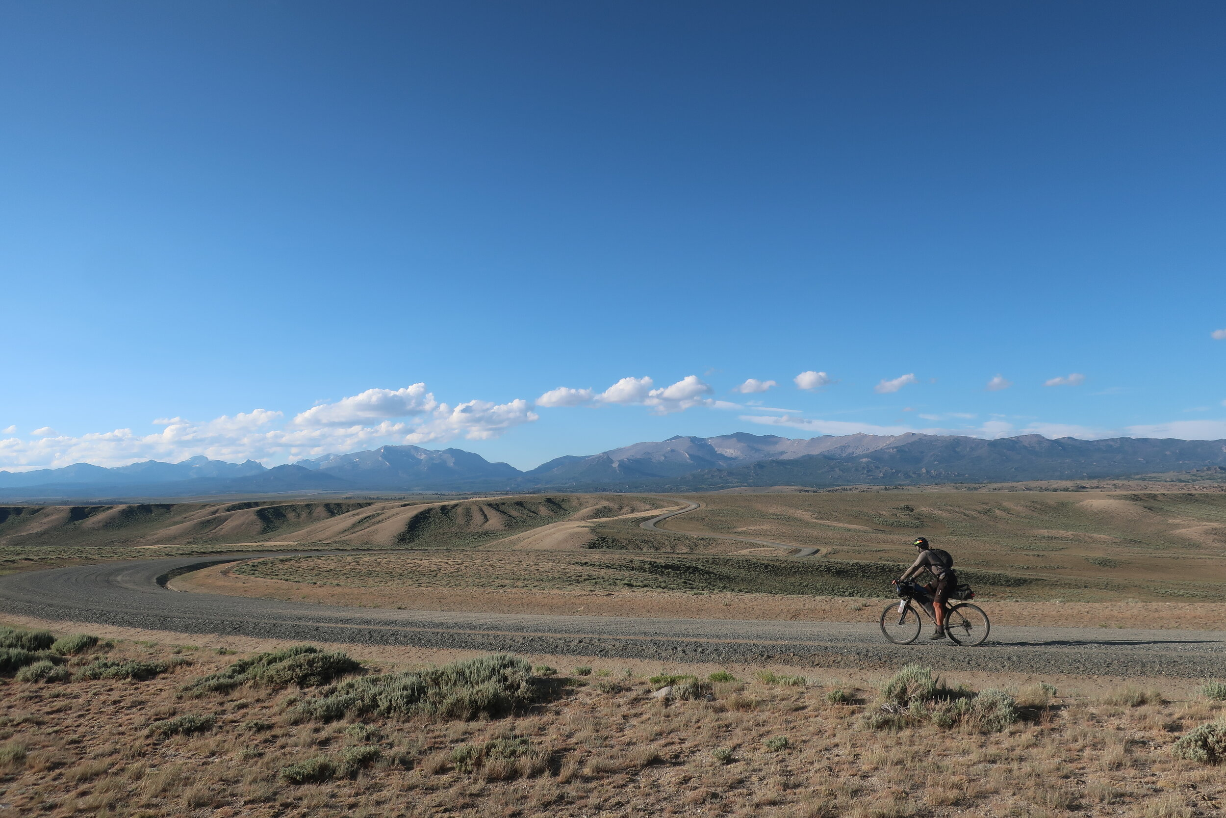 Heading around the southwest end of the Wind Range on the Lander Cutoff Road