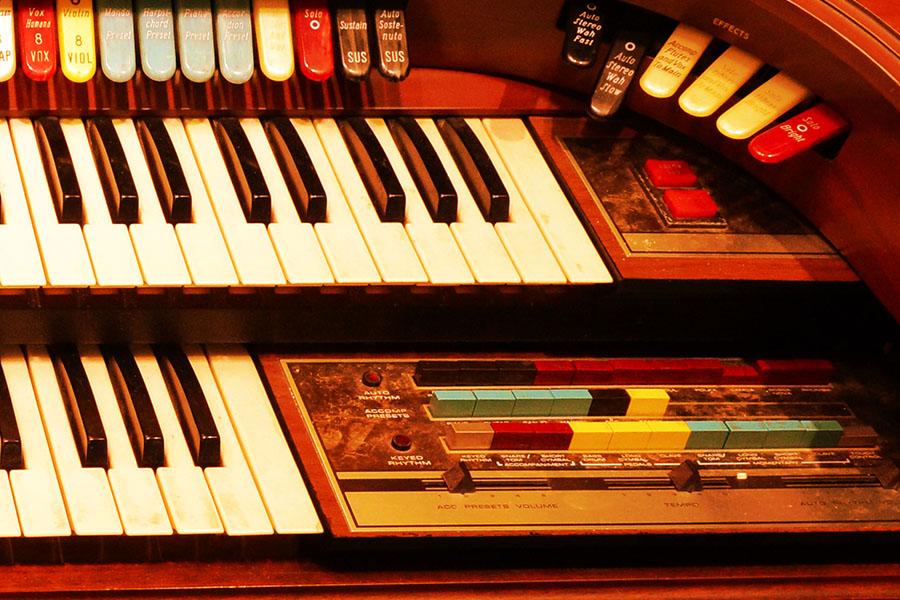 gear_0006_MoogOrgan.jpg