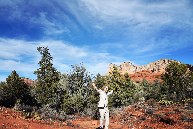 Weddings-Sedona-Wedding-Bell-Rock-Arizona--Groom_Carly-Carpenter.jpg