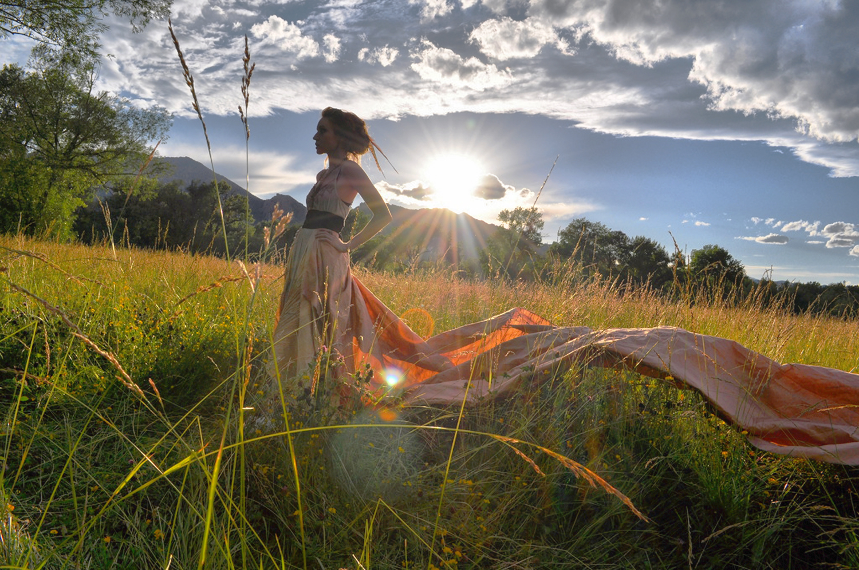 Fairy-Tale-Meadow-Golden-Hour-Boulder-Colorado_Carly-Carpenter.jpg