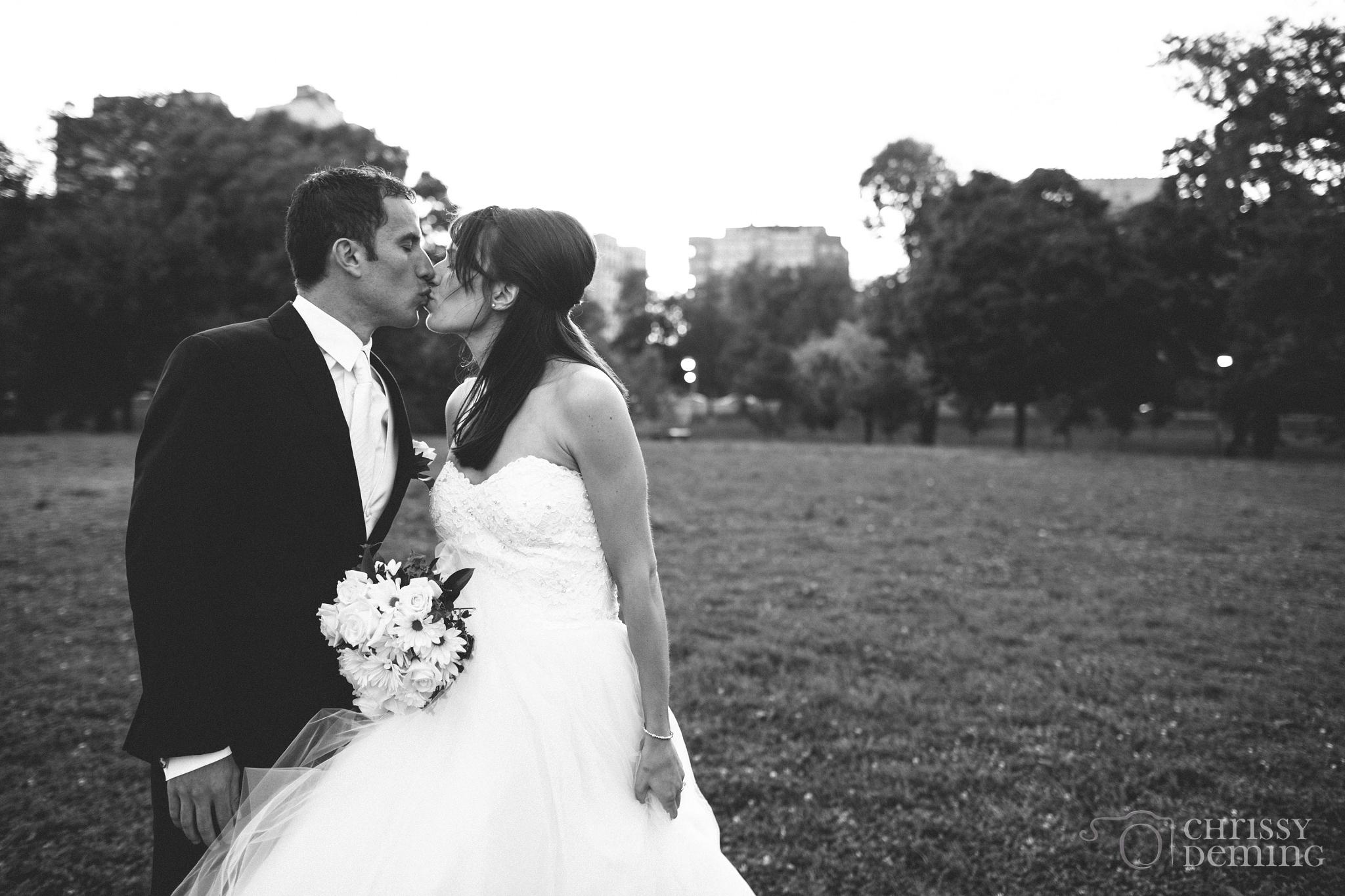 promontory_point_chicago_wedding_photography_0029.jpg
