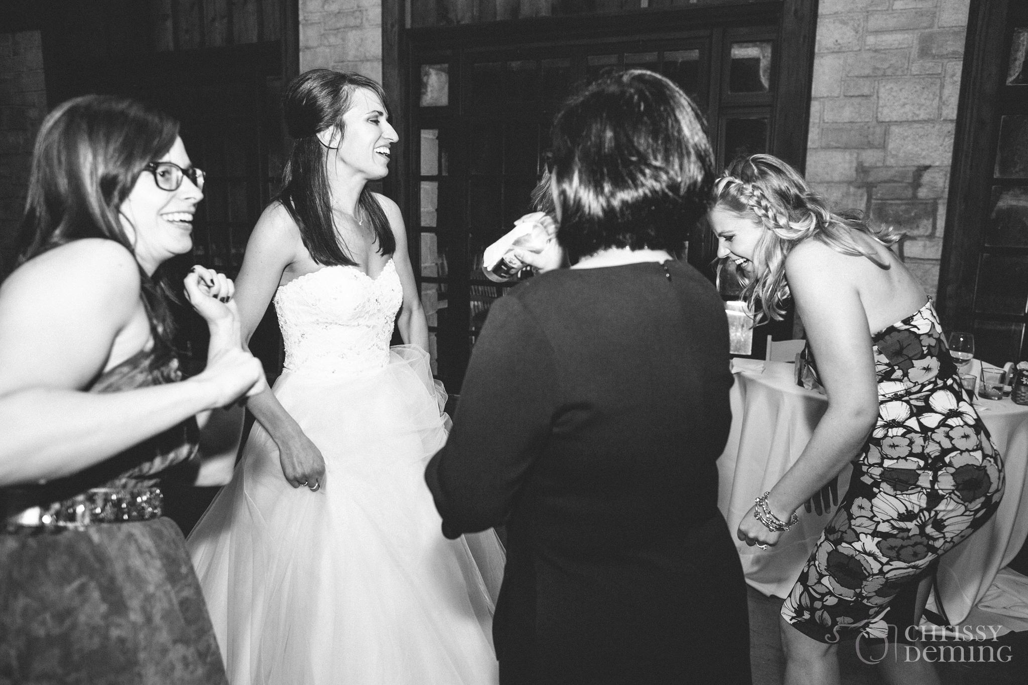 promontory_point_chicago_wedding_photography_0041.jpg
