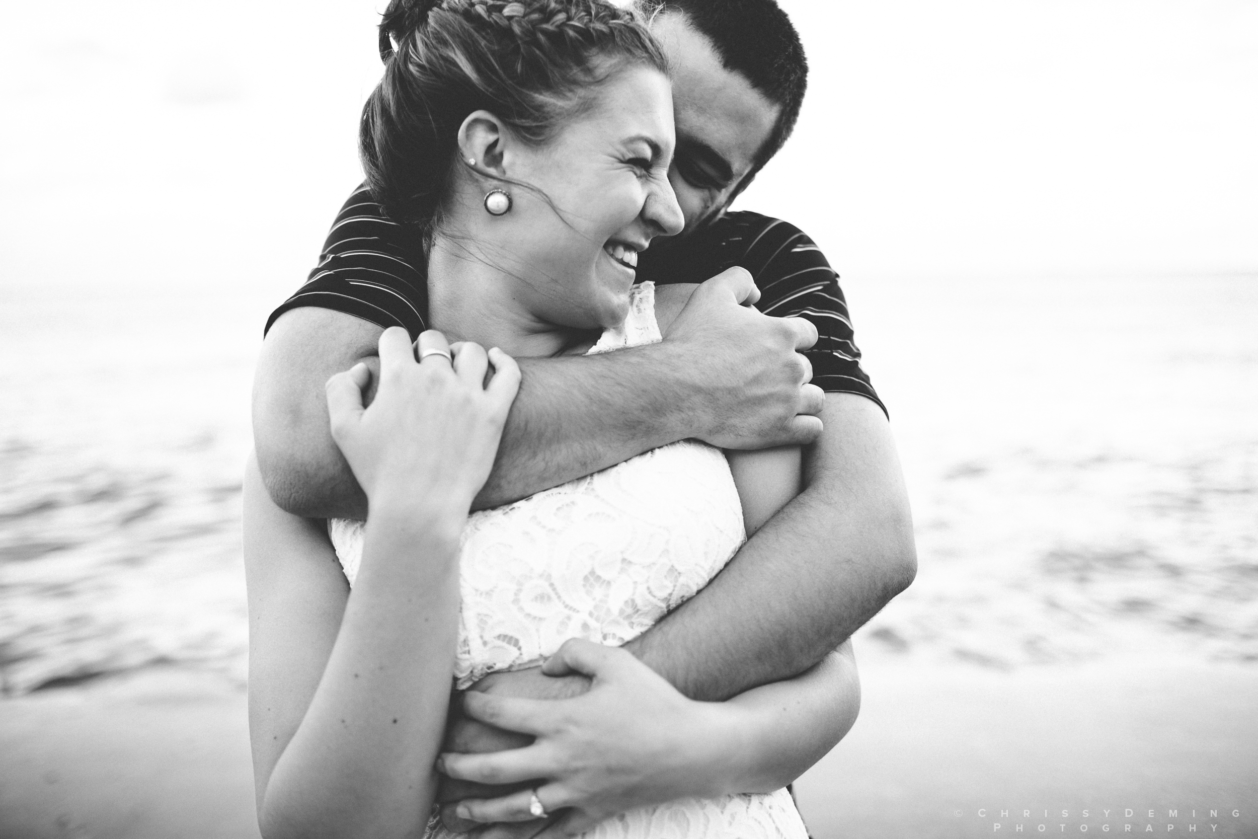 chicago_oakstreetbeach_lincolnpark_engagement_photography_0020.jpg