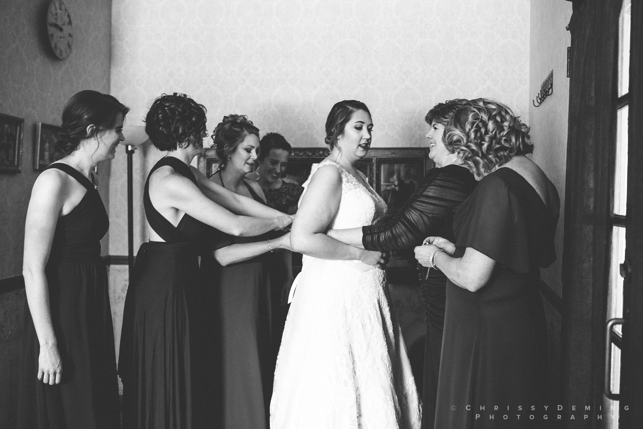two_brothers_roundhouse_wedding_photography_0013.jpg