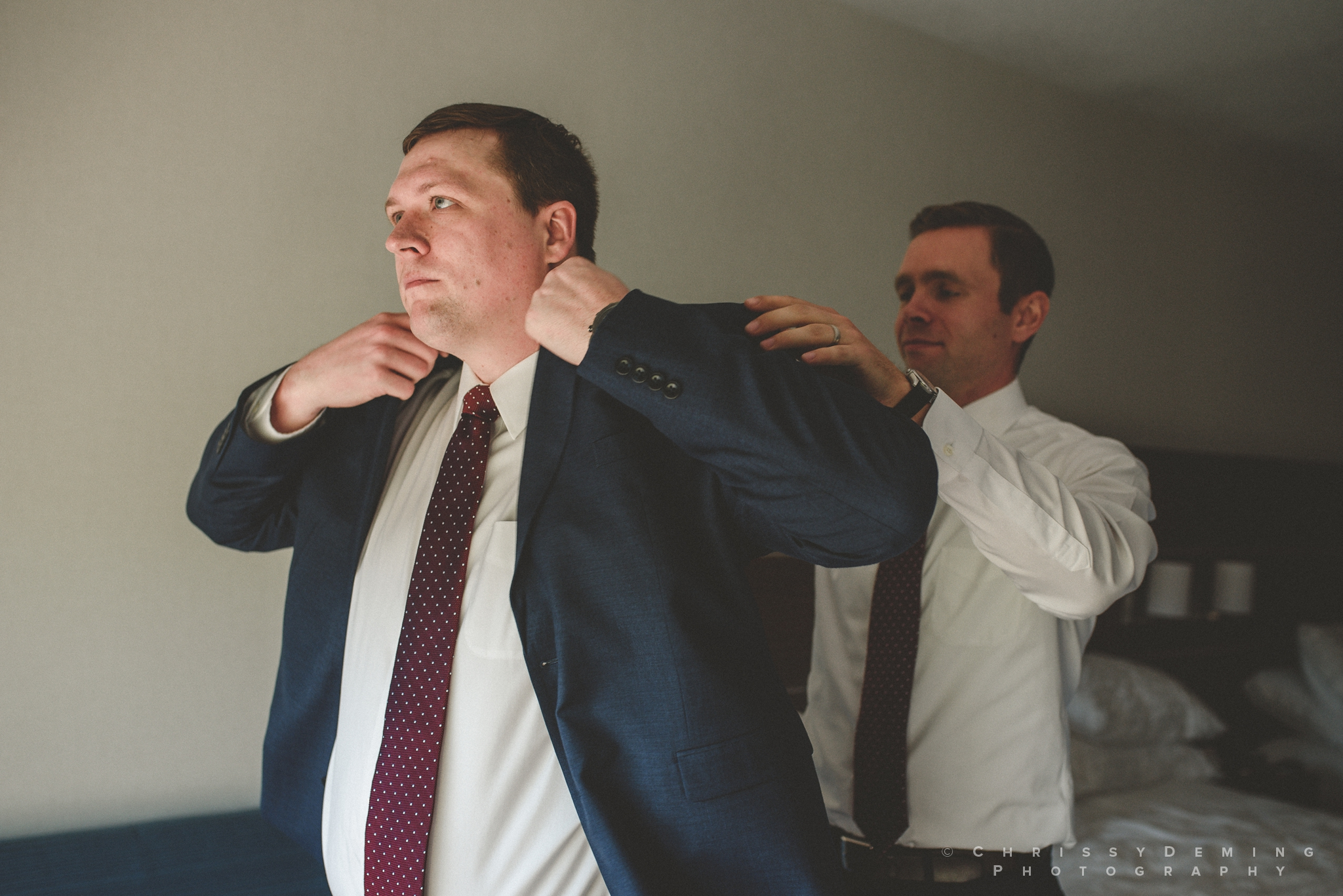 two_brothers_roundhouse_wedding_photography_0016.jpg