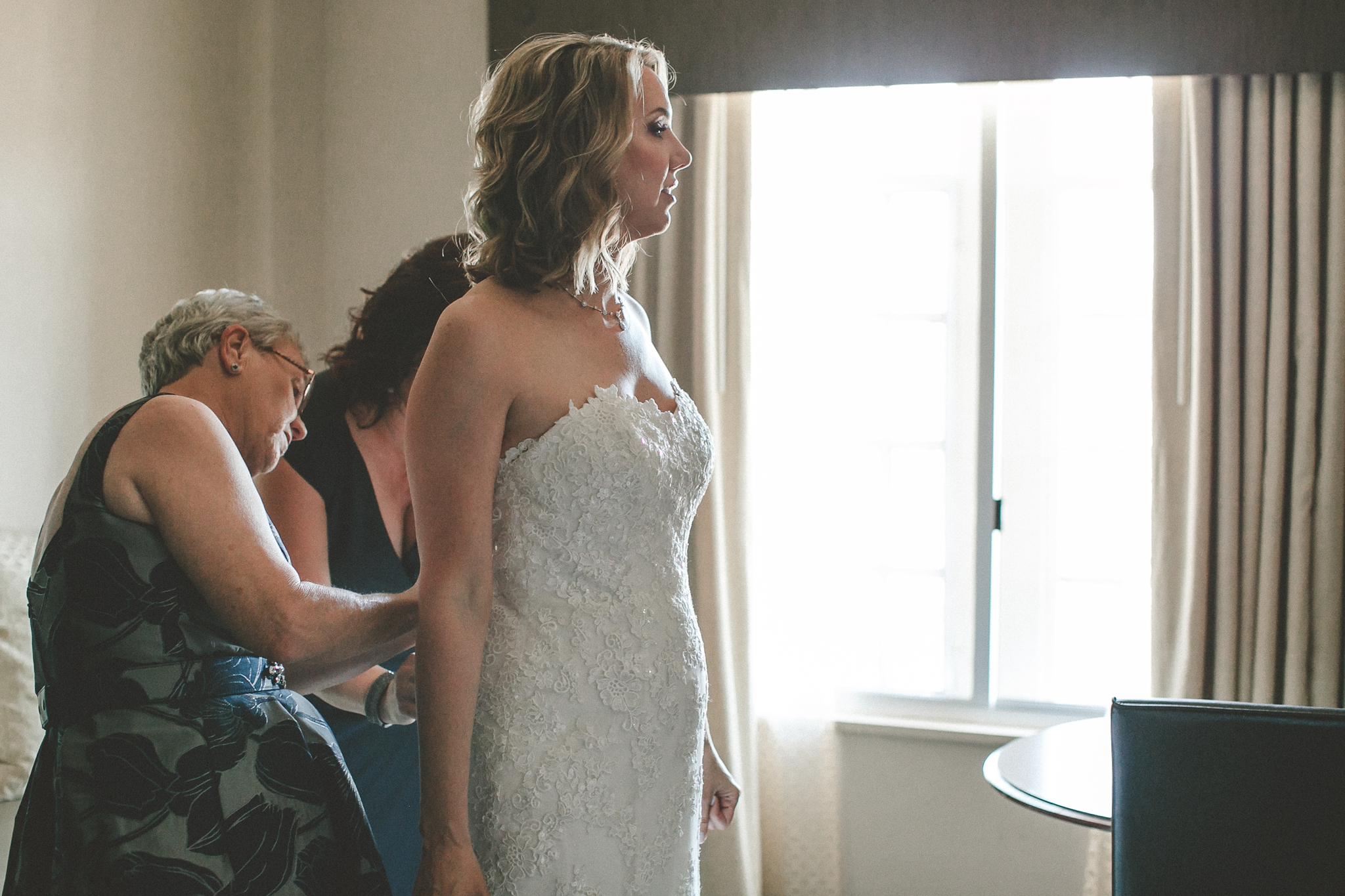 hotel_baker_st_charles_IL_wedding_photographer_0005.jpg
