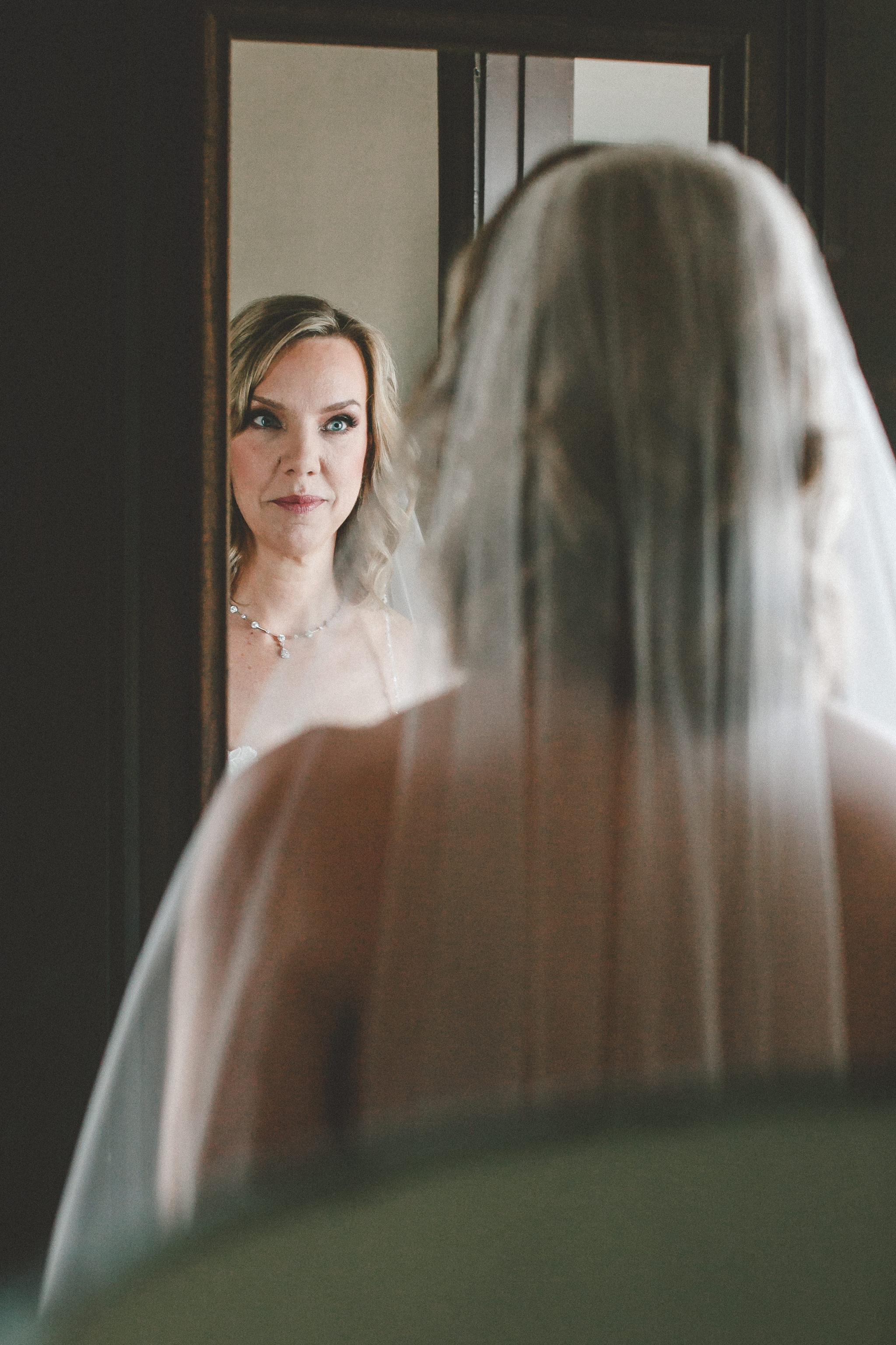 hotel_baker_st_charles_IL_wedding_photographer_0008.jpg