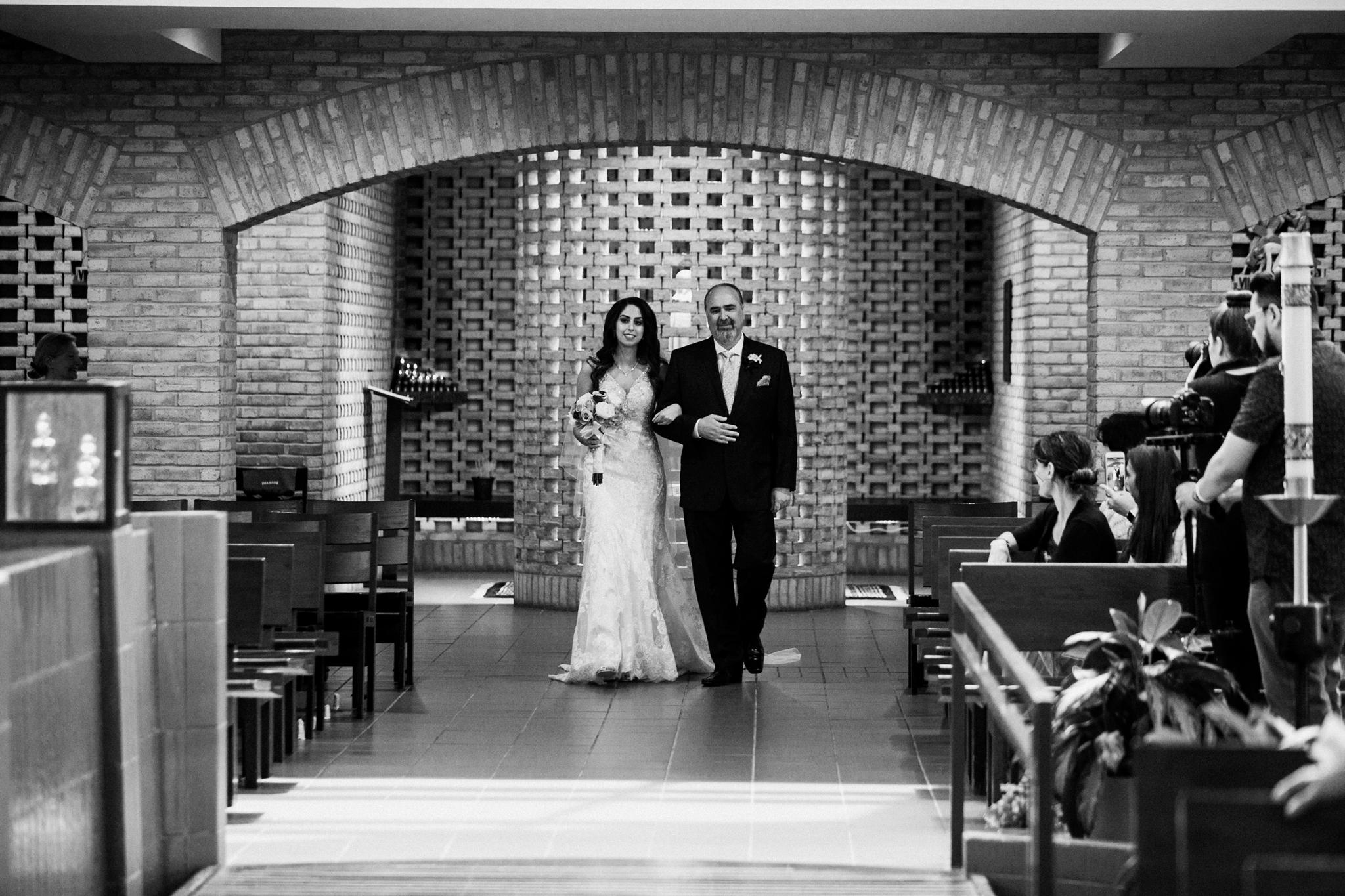 Odyssey Country Club_Tinley Park_IL_wedding_photographer_0024.jpg