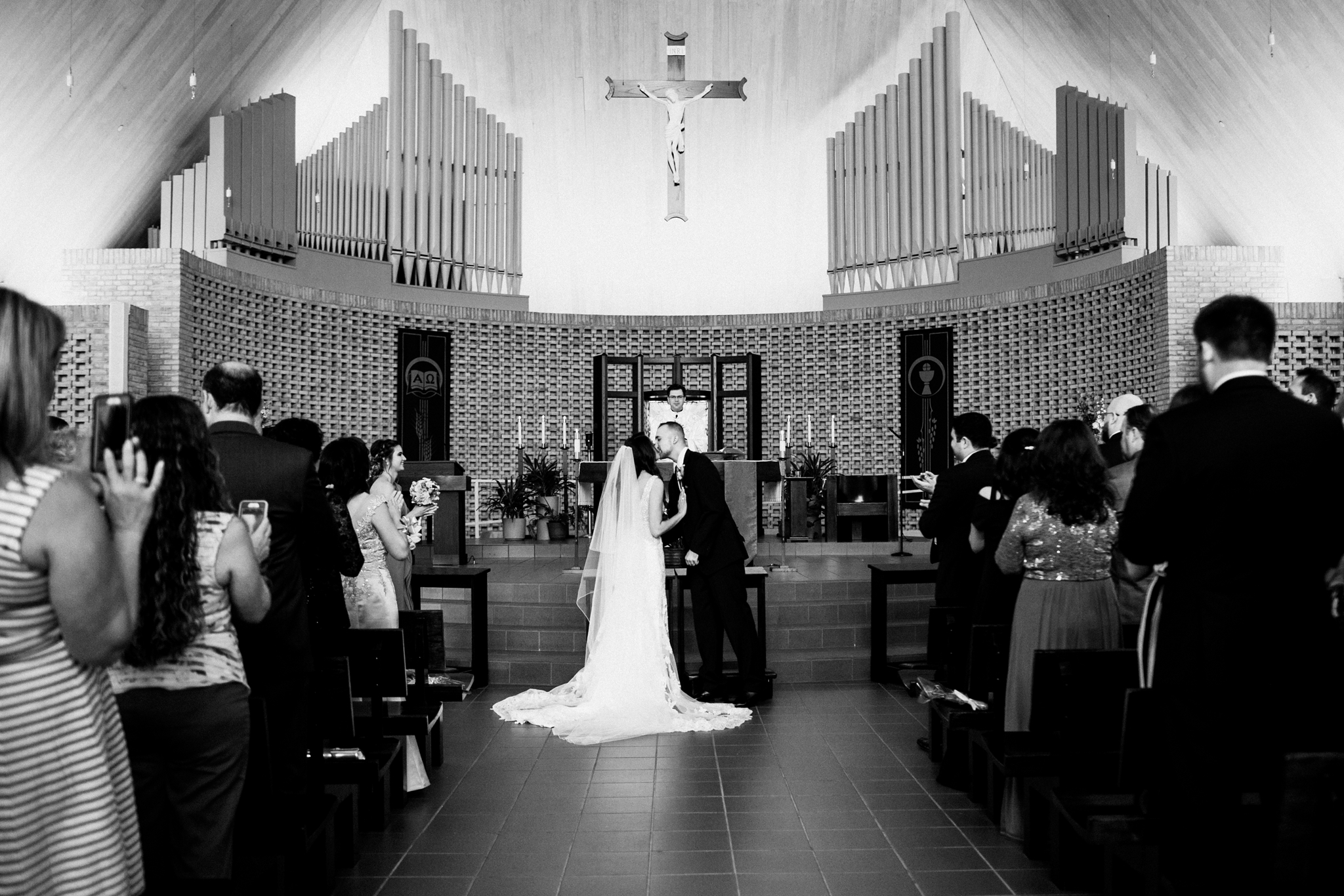 Odyssey Country Club_Tinley Park_IL_wedding_photographer_0035.jpg