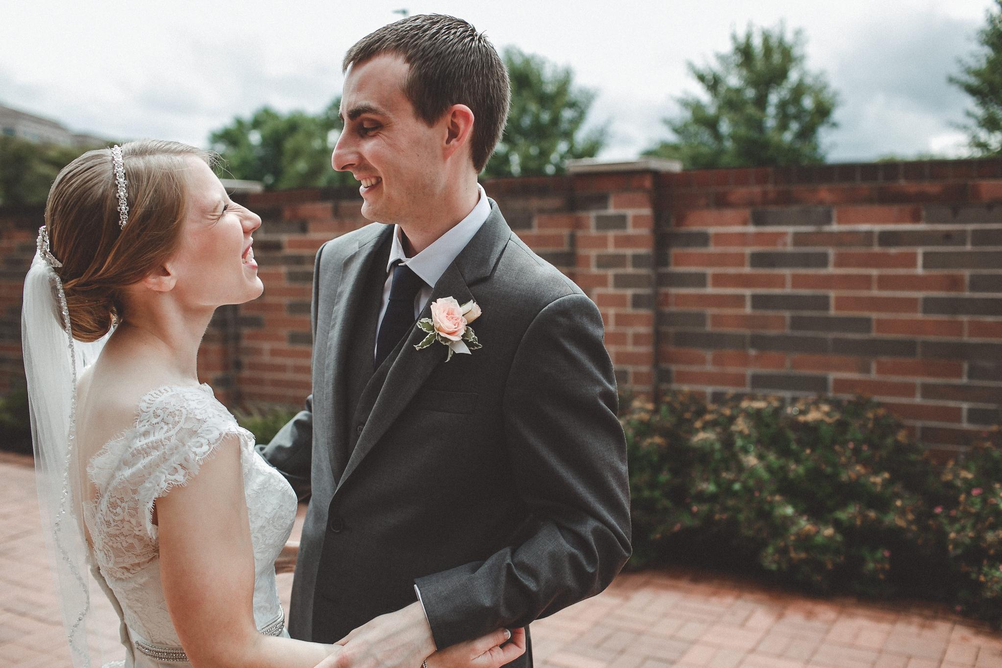 noahs_event_venue_naperville_IL_wedding_photographer_0026.jpg