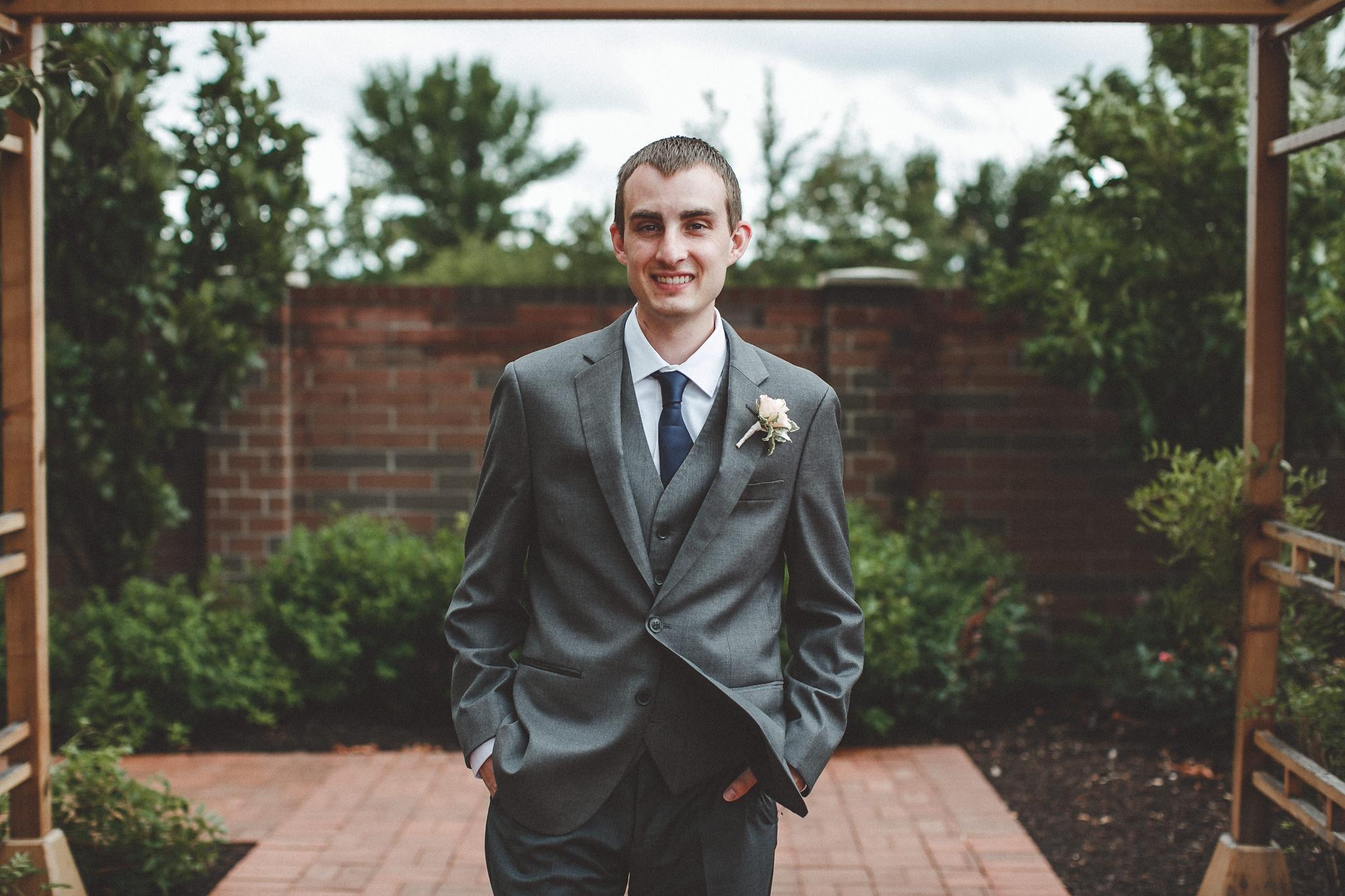 noahs_event_venue_naperville_IL_wedding_photographer_0033.jpg