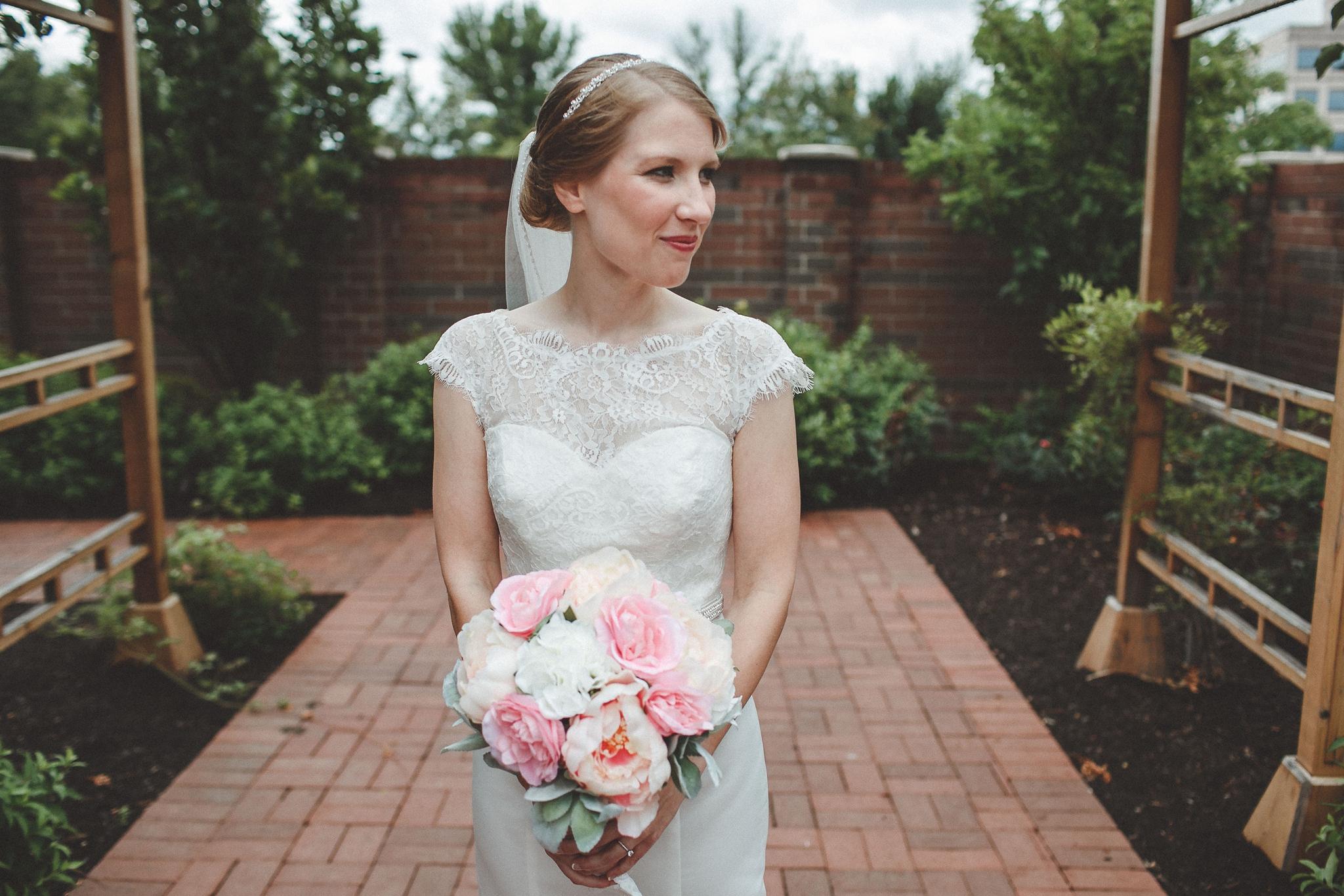 noahs_event_venue_naperville_IL_wedding_photographer_0038.jpg