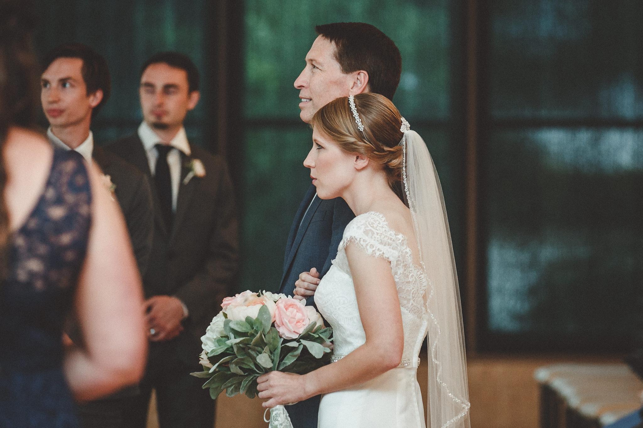 noahs_event_venue_naperville_IL_wedding_photographer_0044.jpg