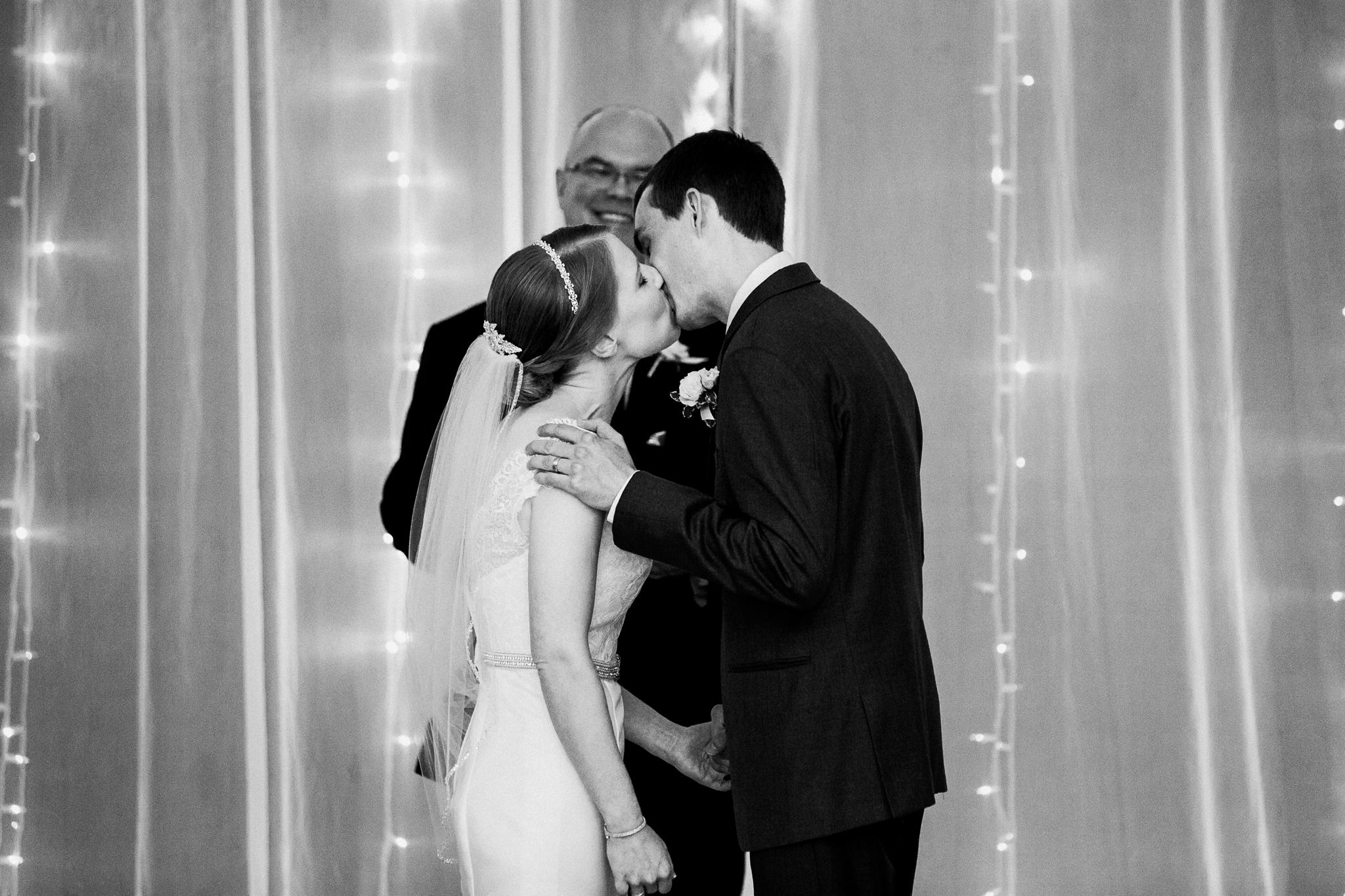 noahs_event_venue_naperville_IL_wedding_photographer_0053.jpg