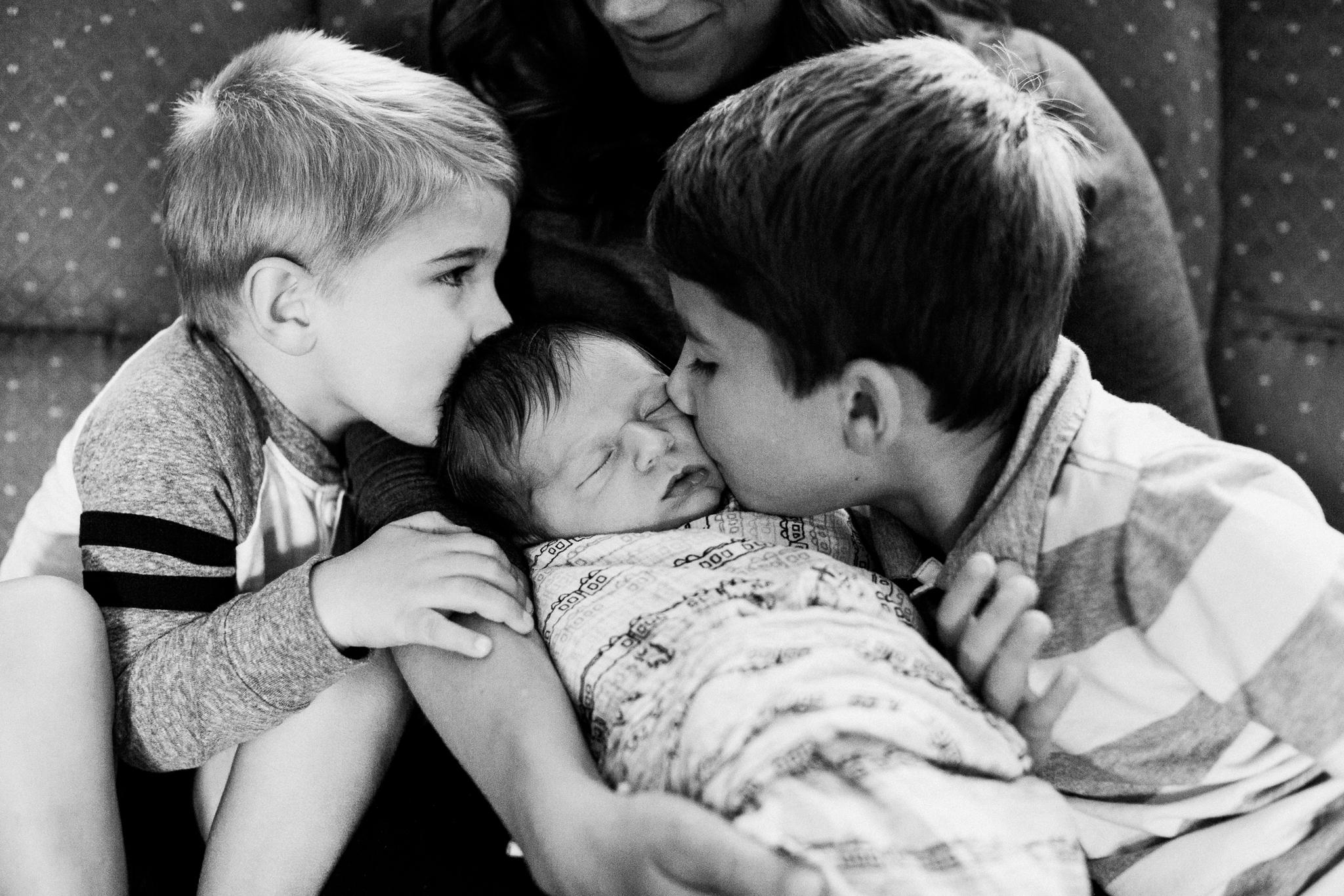 dekalb_il_lifestyle_newborn_photographer_palos_heights_il_0014.jpg
