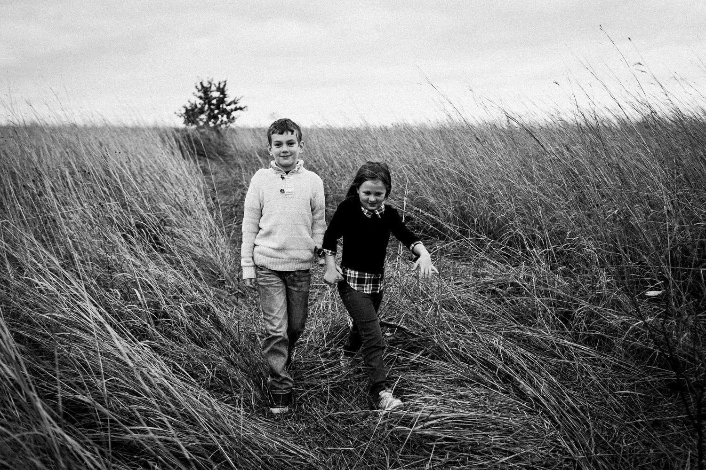 nachusa_grasslands_Franklin_Grove_IL_family_portrait_photographer_0038.jpg