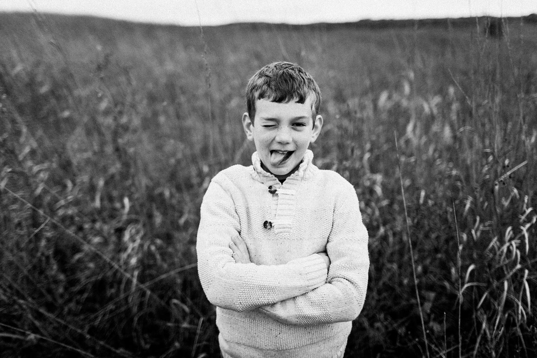 nachusa_grasslands_Franklin_Grove_IL_family_portrait_photographer_0007.jpg