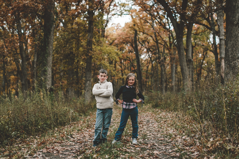 nachusa_grasslands_Franklin_Grove_IL_family_portrait_photographer_0024.jpg