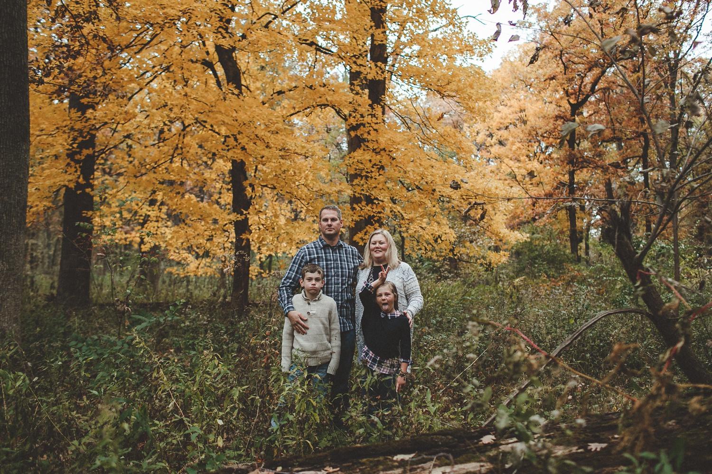 nachusa_grasslands_Franklin_Grove_IL_family_portrait_photographer_0032.jpg