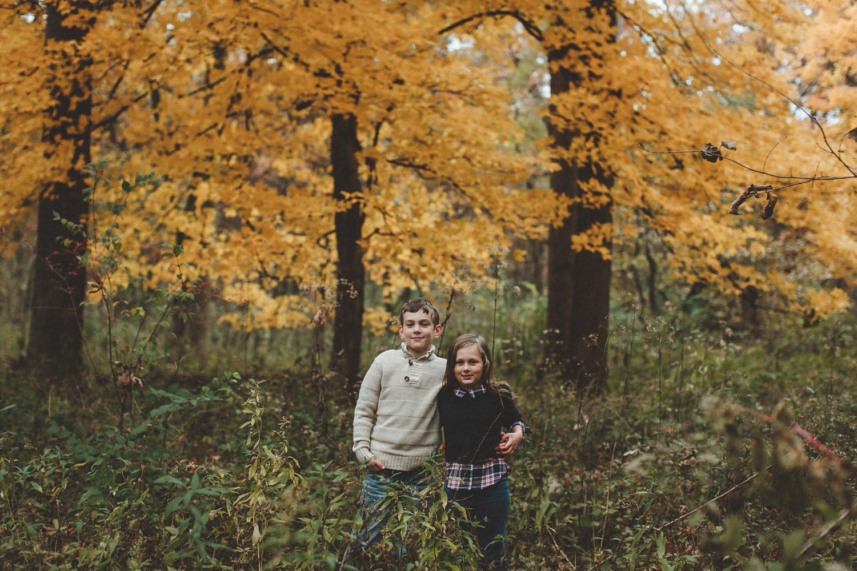 nachusa_grasslands_Franklin_Grove_IL_family_portrait_photographer_0033.jpg